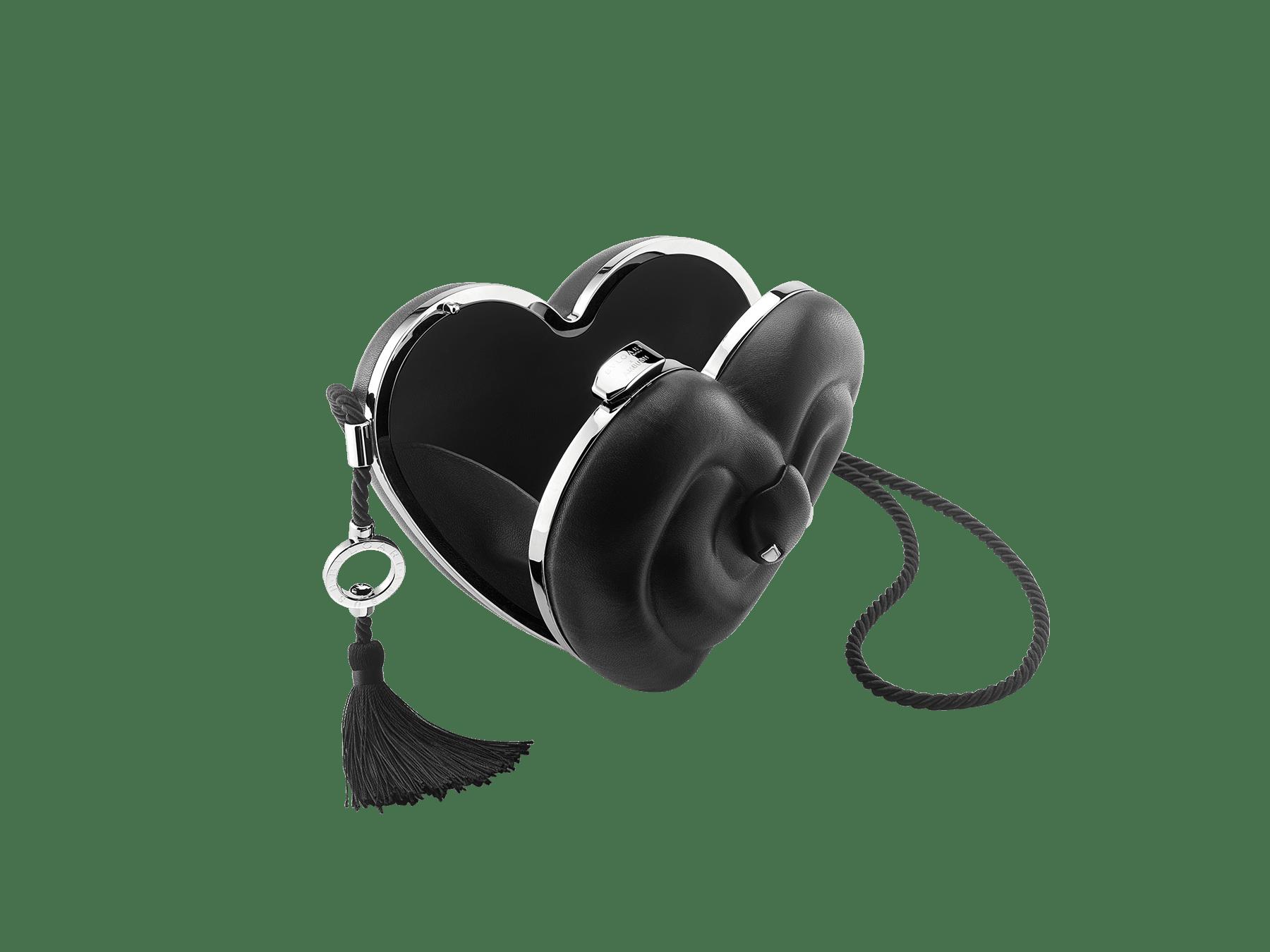 Minaudière Ambush x Bvlgari en aluminium avec une doublure en cuir nappa noir et des détails en laiton. Nouveau fermoir emblématique Serpenti avec yeux en onyx au charme envoûtant. Édition limitée. YA-MINAUDIERE image 3