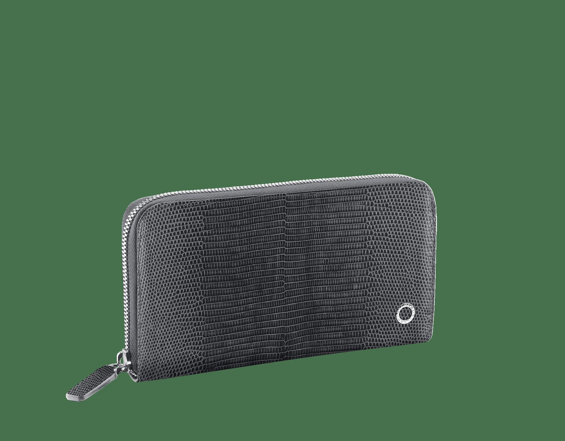Großes BVLGARI BVLGARI Portemonnaie mit Reißverschluss aus glänzendem Eidechsenleder in Charcoal Diamond Grau und schwarzem Kalbsleder. Ikonischer Logodekor aus palladiumbeschichtetem Messing. BBM-WLT-M-ZIP-SL image 1