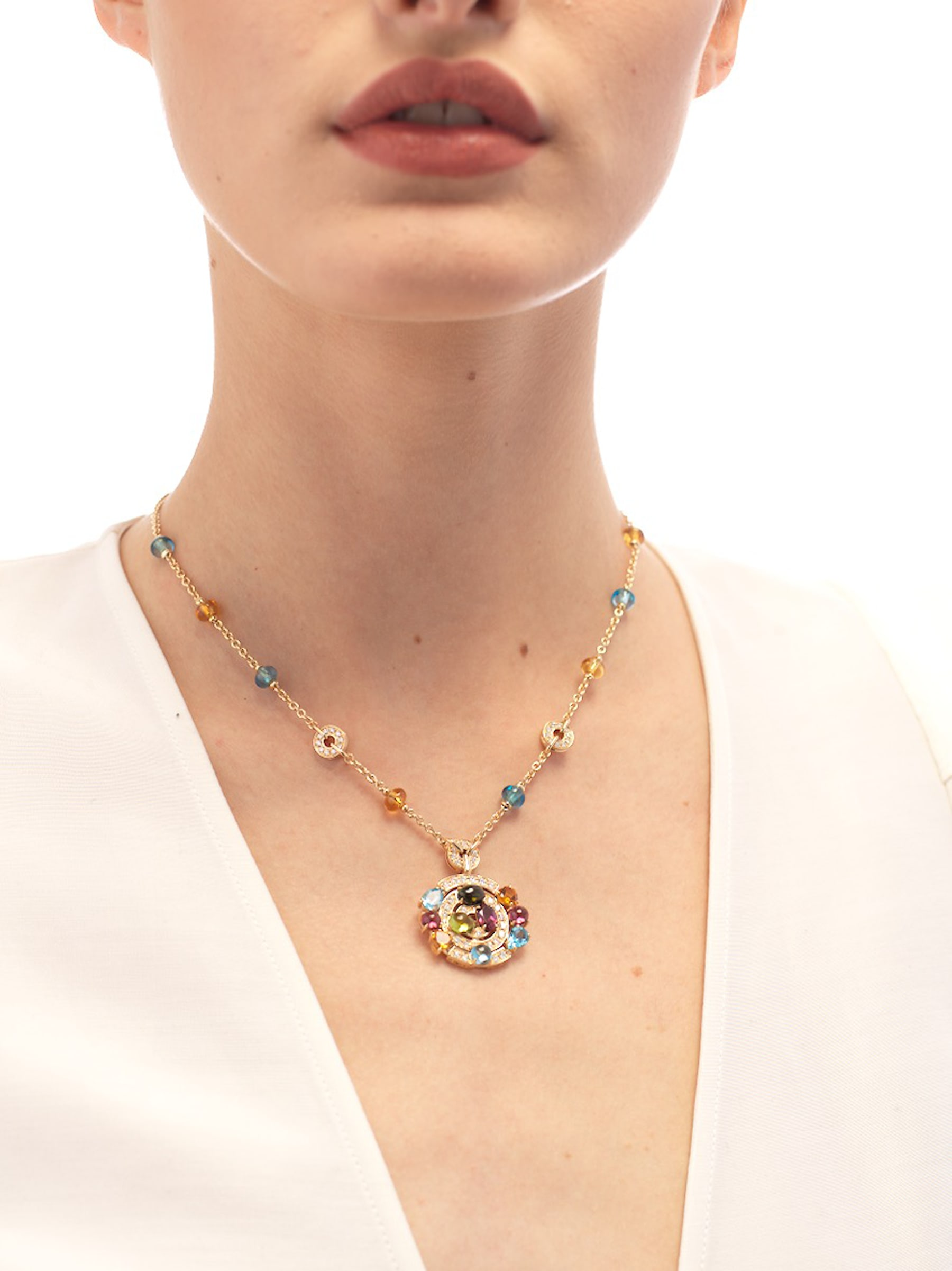 Cerchi 18 kt yellow gold large pendant necklace set with blue topazes, amethysts, green tourmalines, peridots, citrine quartz, rhodolite garnets and pavé diamonds 338229 image 4