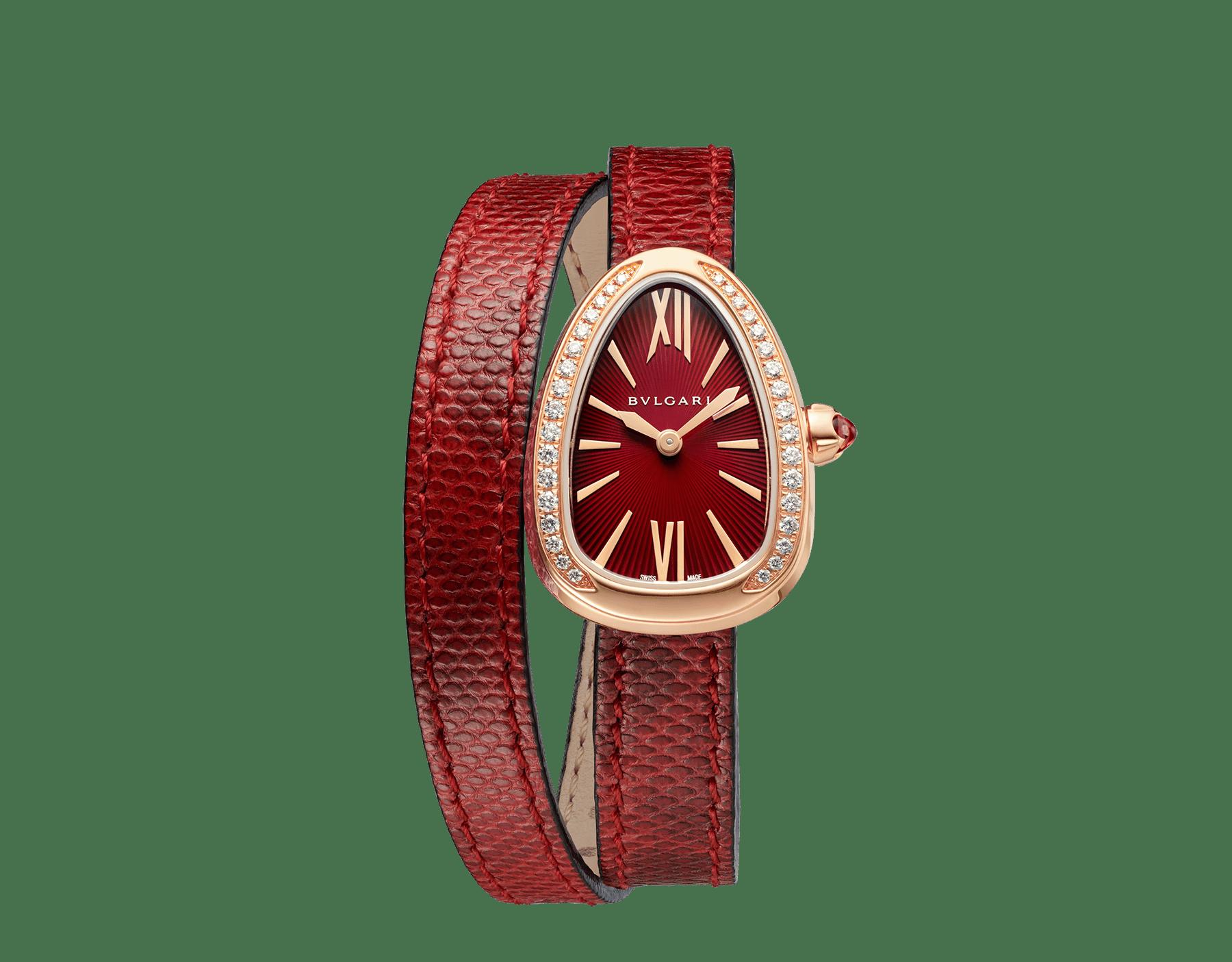 Montre Serpenti avec boîtier en or rose 18K serti de diamants taille brillant, cadran laqué rouge et bracelet double spirale interchangeable en cuir de karung rouge. 102730 image 1