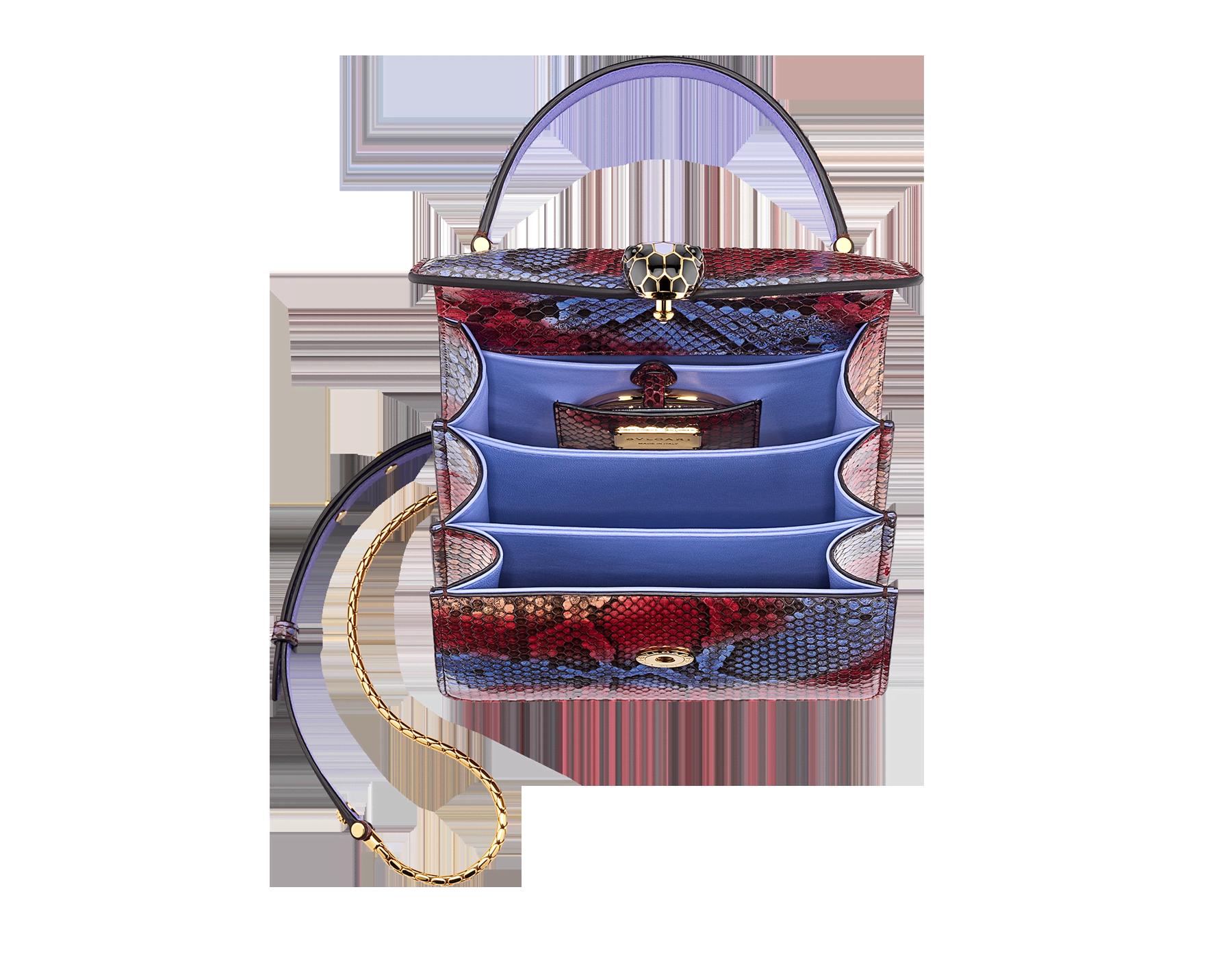 Serpenti Forever 手提包,採用多色手工印染 Chimera 蟒皮,Lavander Amethyst 紫丁香色 Nappa 軟面皮襯裡。迷人的金色黃銅蛇頭扣環飾以黑色和 Lavander 紫丁香色琺瑯,蛇眼鑲飾黑色縞瑪瑙。 290579 image 2