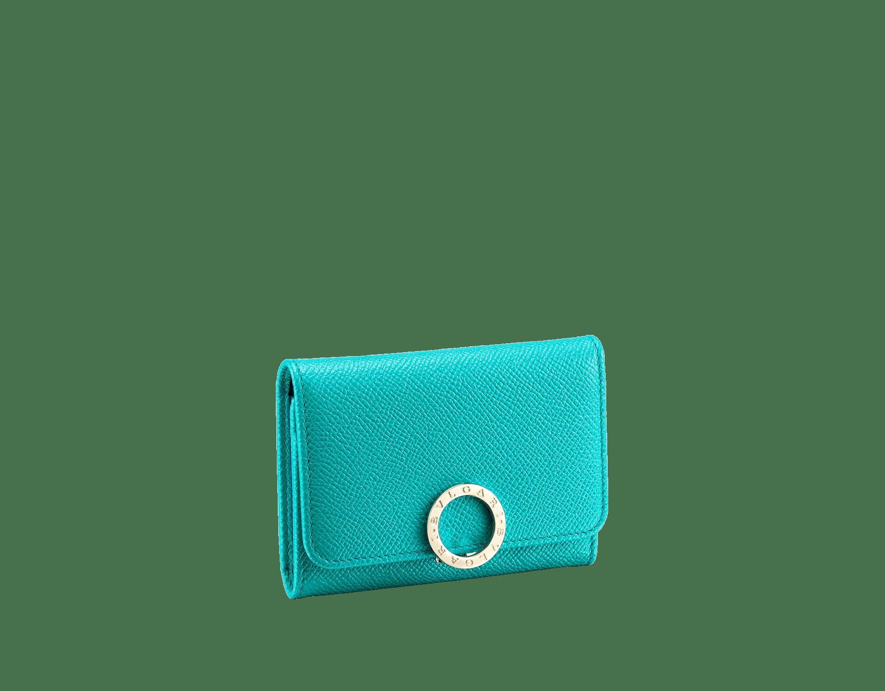 Porta-cartão de visita BVLGARIBVLGARI em couro de novilho granulado turquesa-tropical e napa jade-profundo. Icônico fecho de clipe com logotipo em metal banhado a ouro claro. 288161 image 1