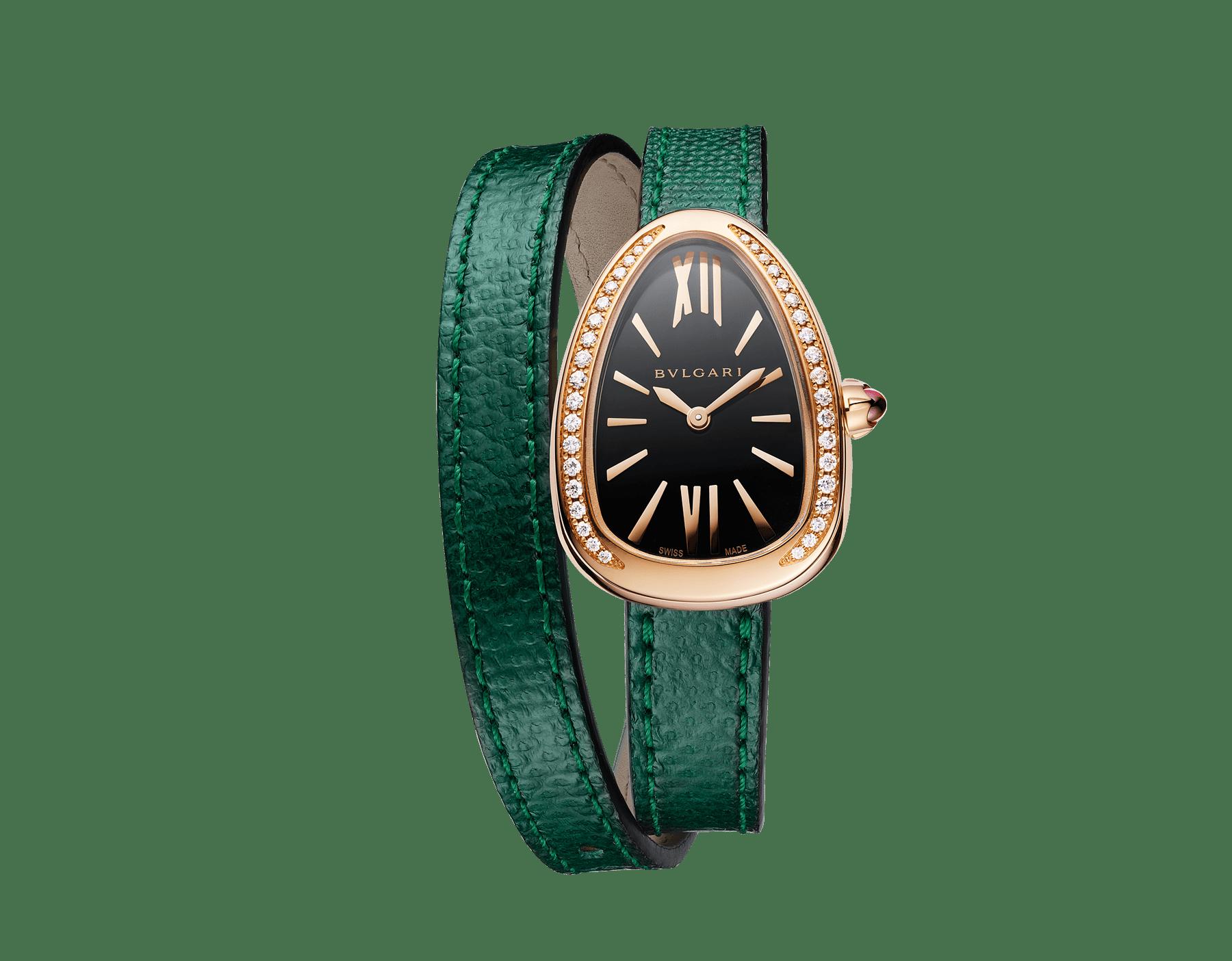 Relógio Serpenti com caixa em ouro rosa 18K cravejada com diamantes redondos lapidação brilhante, mostrador preto laqueado e pulseira de duas voltas intercambiável em couro karung verde 102918 image 1