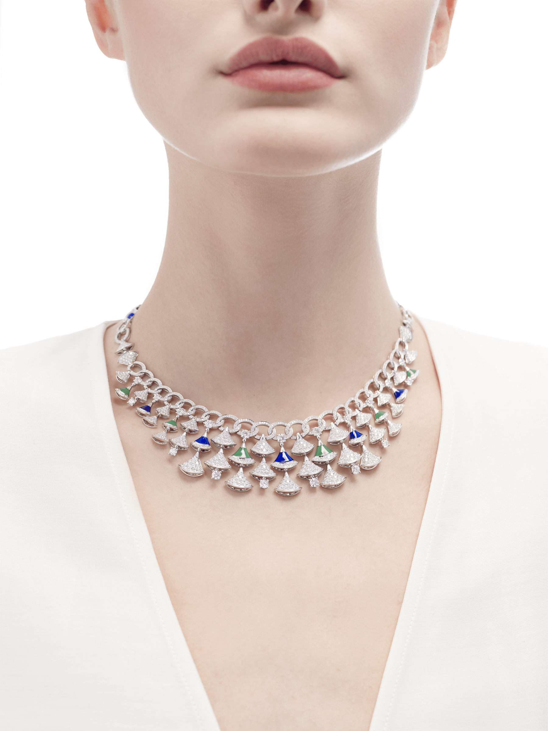 DIVAS' DREAM necklace in 18 kt white gold set with lapis lazuli and chrysoprase elements and pavè diamonds (12.20 ct). 354095 image 2