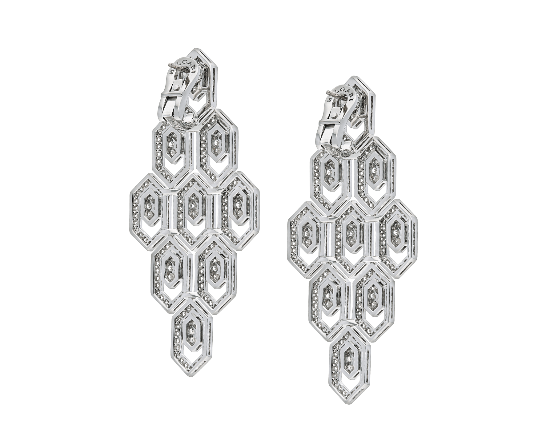 Serpenti earrings in 18 kt white gold, set with pavé diamonds. 353844 image 3