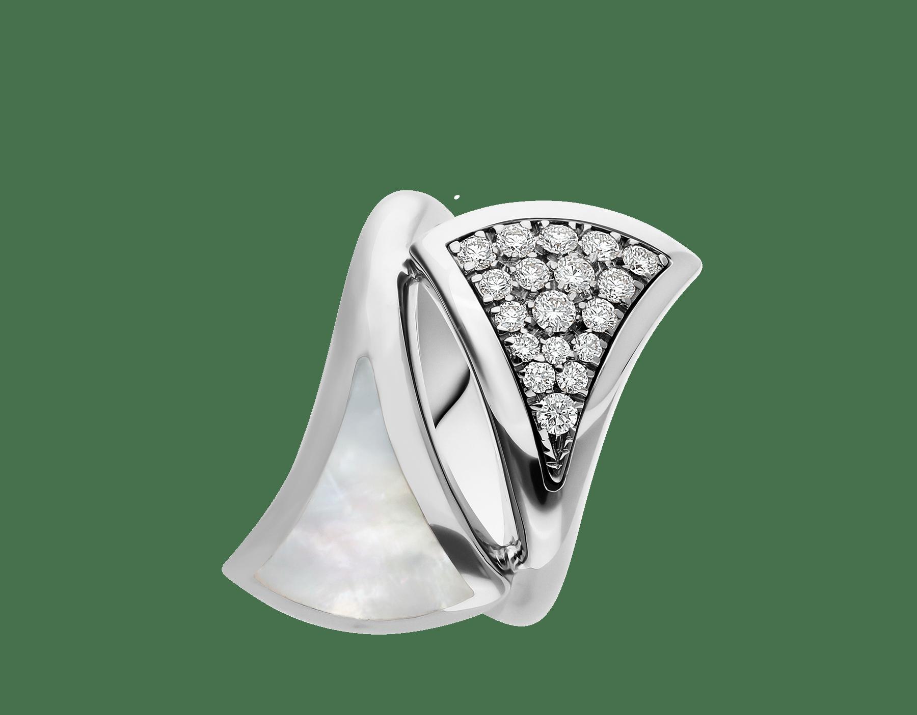 Anillo Contraire DIVAS' DREAM en oro blanco de 18 qt con madreperla y pavé de diamantes. AN857957 image 2