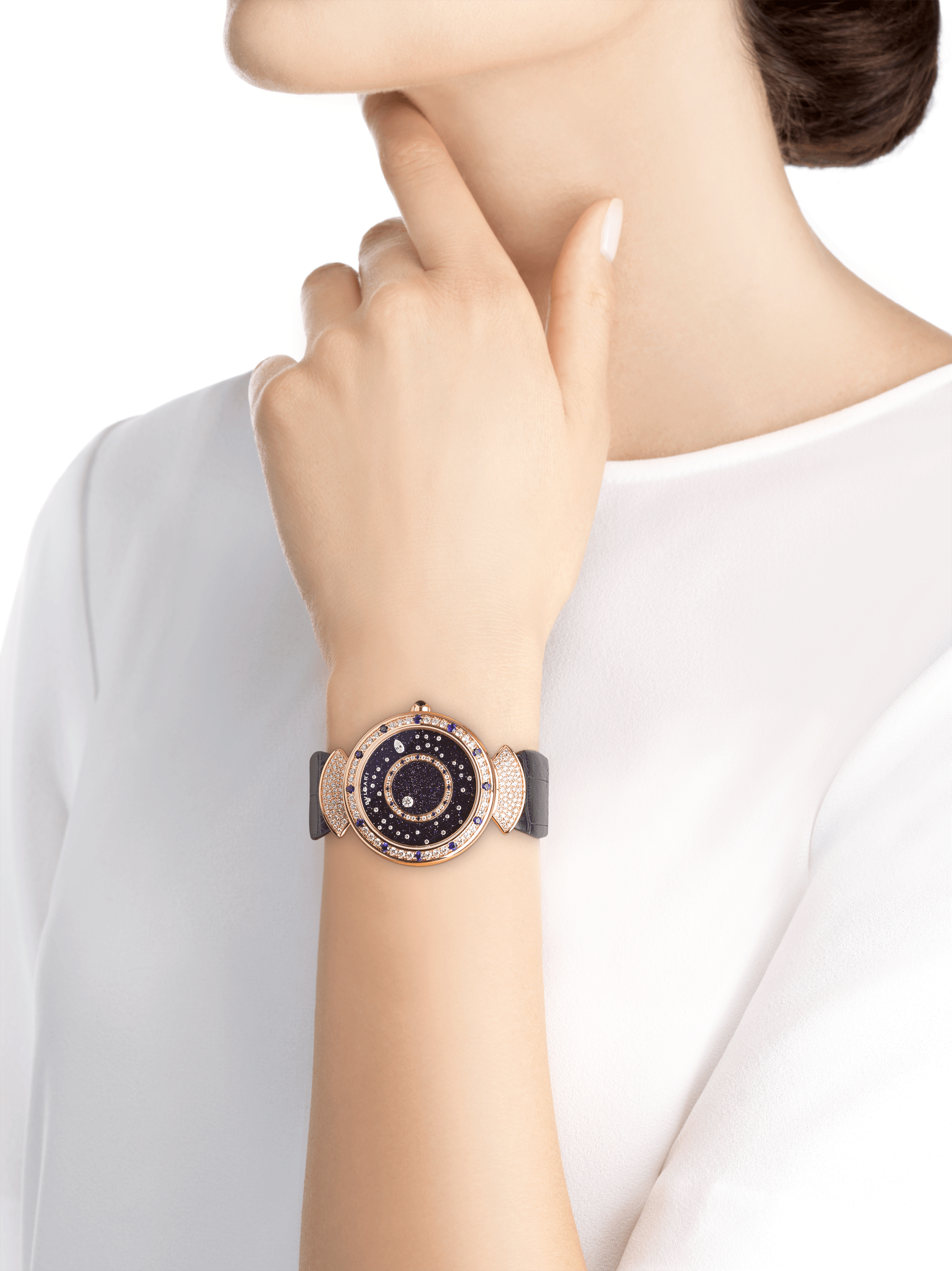 DIVAS' DREAM watch with mechanical manufacture movement, automatic winding, 18 kt rose gold case set with round brilliant-cut diamonds and sapphires, aventurine rotating discs with diamonds and printed constellations and dark blue alligator bracelet 102843 image 5