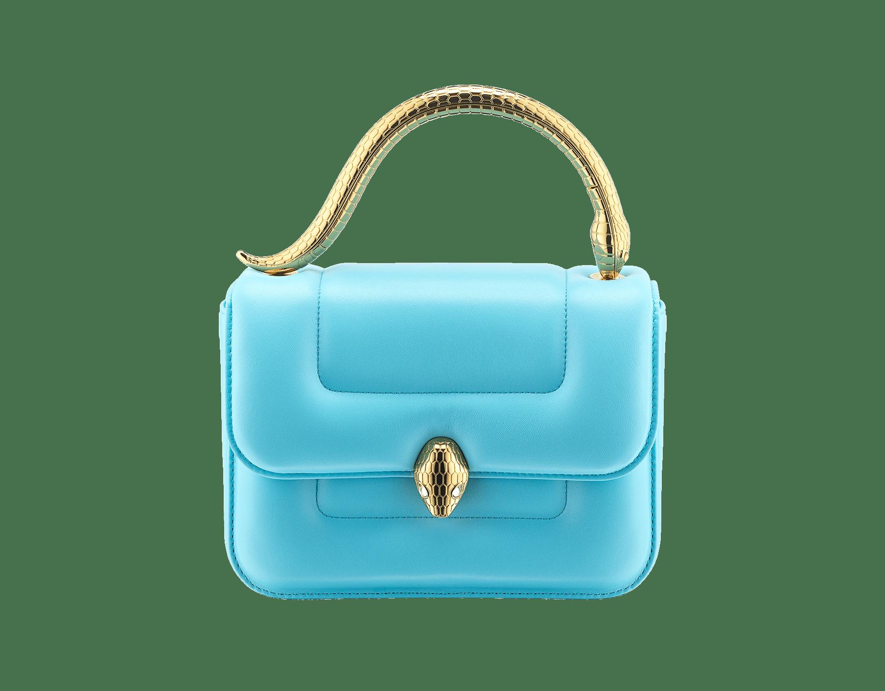 Mary Katrantzou x Bvlgari 手提包,採用柔軟的 Aegean Toapz 藍色絎縫納帕軟面皮,Aegean Toapz 藍色納帕軟面皮襯裡。新式金色黃銅 Serpenti 蛇頭扣環,誘人蛇眼鑲飾水晶。特別版包款。 MK-1142 image 1