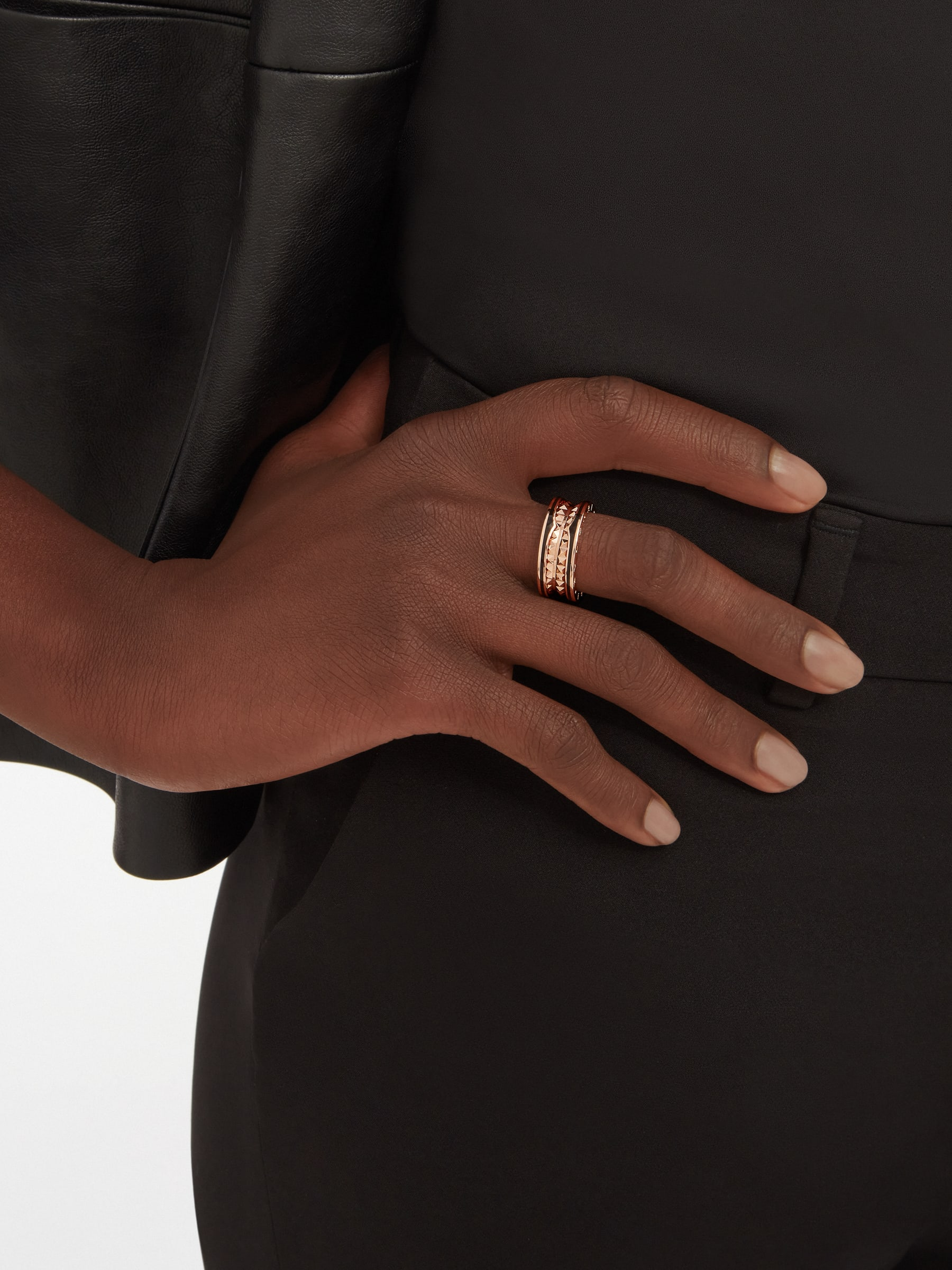B.zero1 Rock two-band ring in 18 kt rose gold with studded spiral and black ceramic inserts on the edges AN859090 image 1