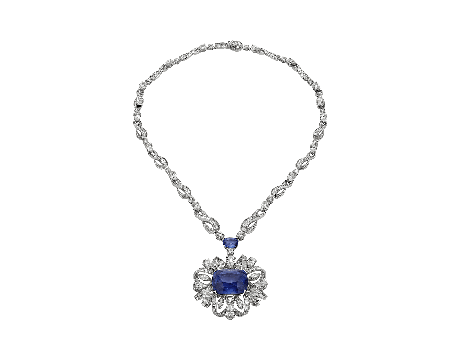 Heralding the extraordinary beauty of unique gemstones, the Gemme straordinarie necklace is a joyful melody that revolves around a magnificent sapphire, embraced by ribbons of diamonds baguette. 260513 image 1