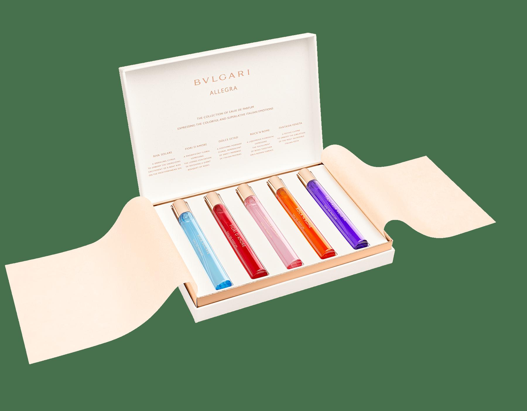 Das BVLGARI Allegra Kennenlern-Set umfasst fünf ausgewählte Eaux de Parfum, die für jeweils für ein intensives italienisches Gefühl stehen. 41291 image 1