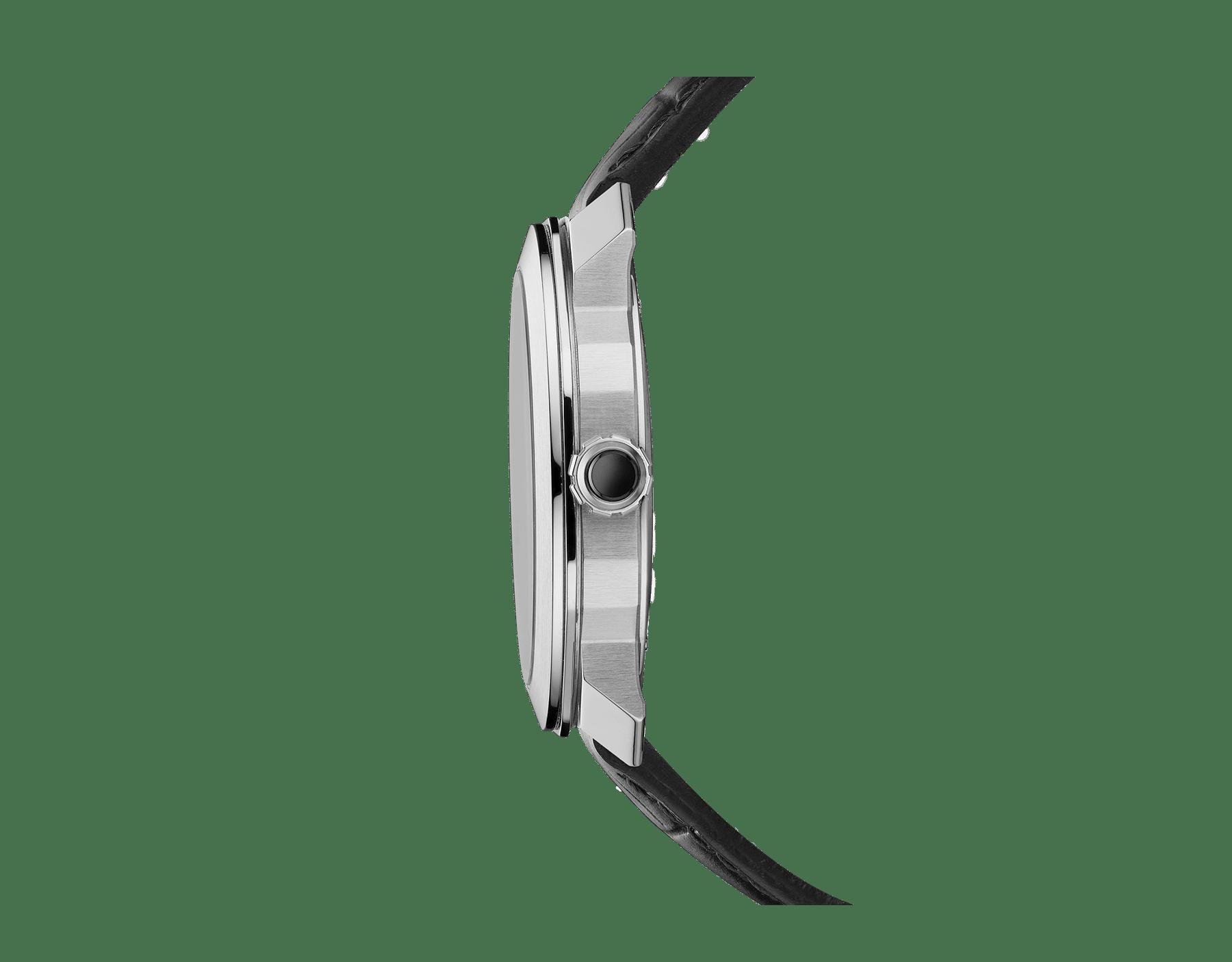 Orologio Octo Roma con movimento meccanico di manifattura a carica automatica e datario, cassa in acciaio inossidabile, fondello a vista, quadrante nero e cinturino in alligatore nero. 103084 image 3
