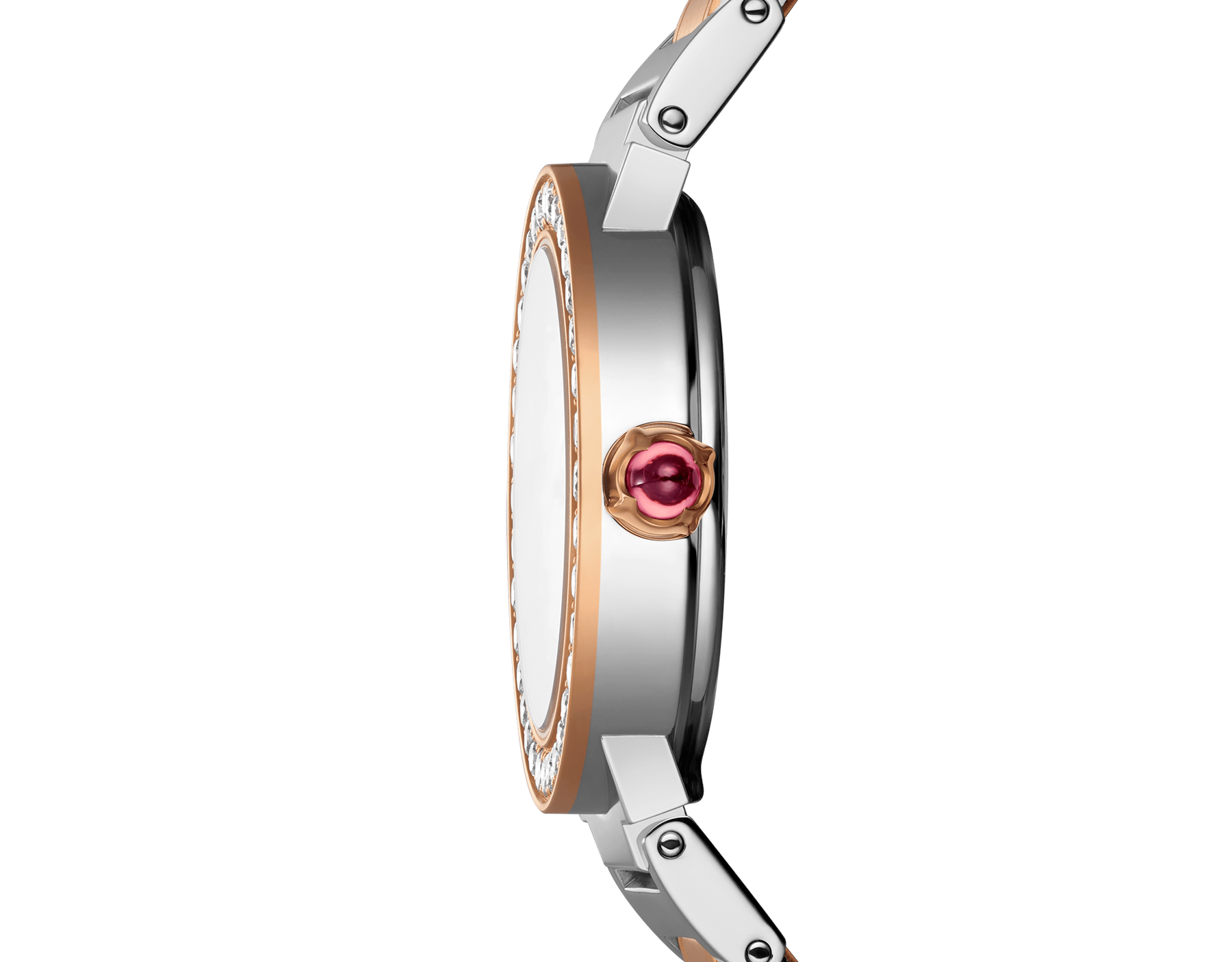 The BVLGARI BVLGARI watch has a stainless steel case, 18 kt rose gold bezel set with diamonds, white mother-of-pearl dial set with diamond indices and a stainless steel and 18 kt rose gold bracelet. 102477 image 3