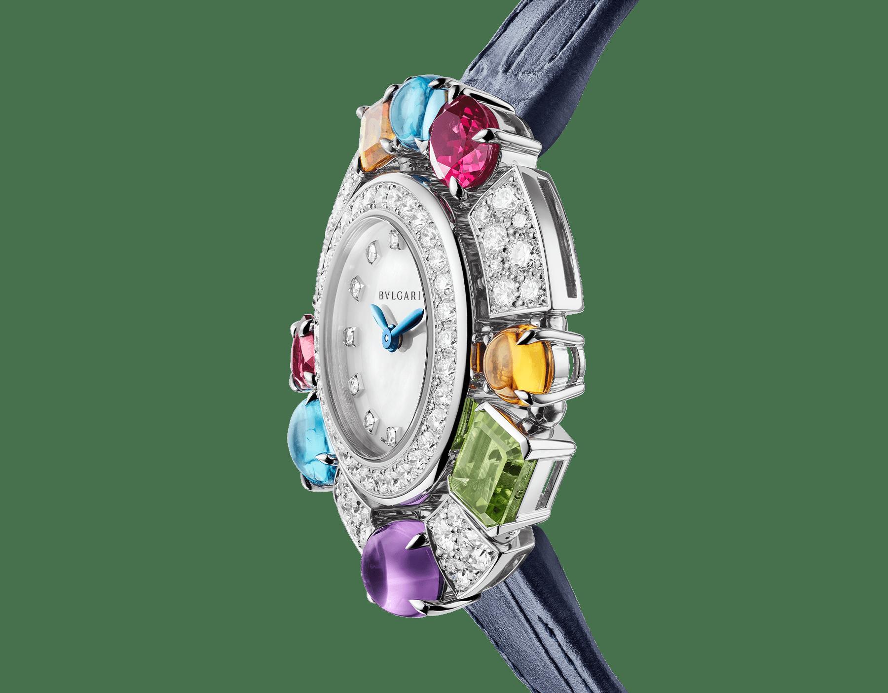 Allegra High Jewellery 頂級珠寶腕錶,18K 白金錶殼鑲飾明亮型切割鑽石、2 顆黃水晶、1 顆紫水晶、1 顆橄欖石、2 顆藍色拓帕石、2 顆玫瑰榴石。珍珠母貝錶盤,鑽石時標,藍色亮面鱷魚皮錶帶。防水深度 30 公尺。 103499 image 2