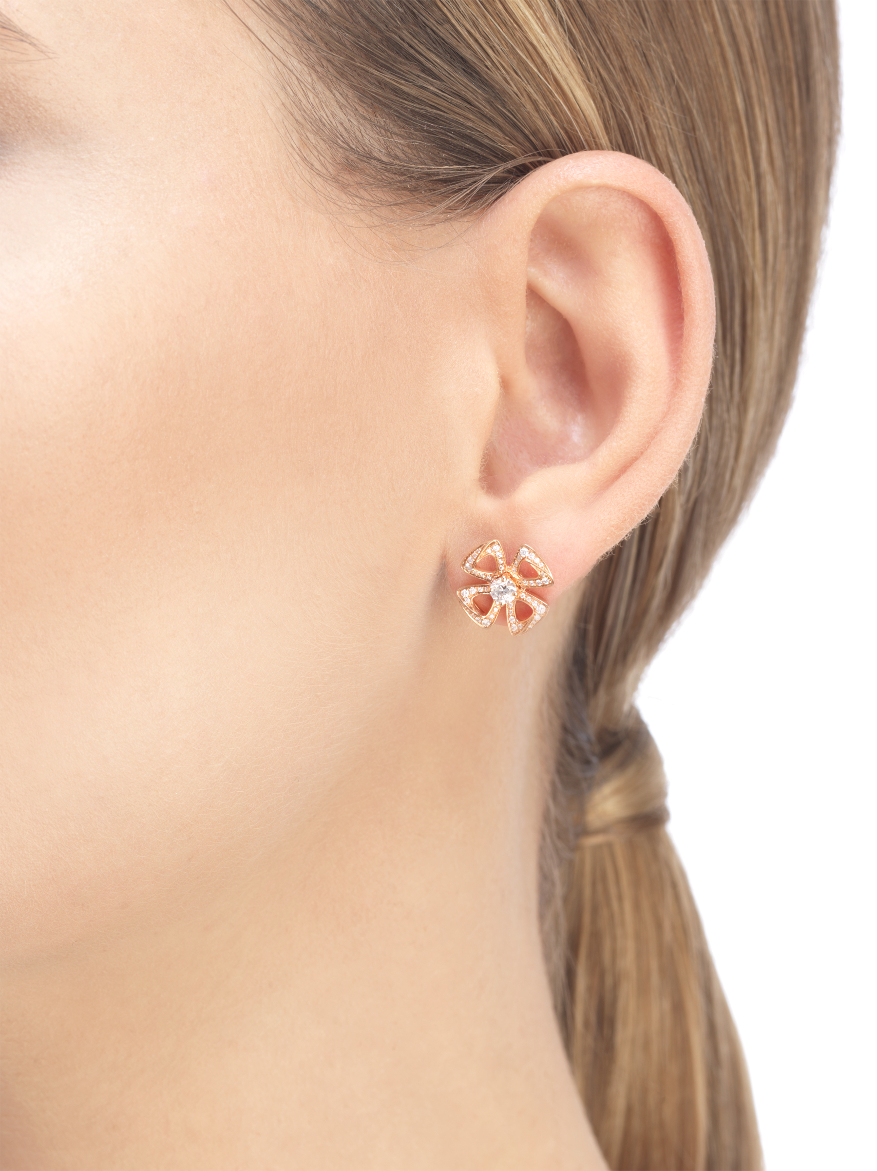 Fiorever 18 kt rose gold earrings set with two central diamonds (0.20 ct each) and pavé diamonds (0.33 ct) 355887 image 4