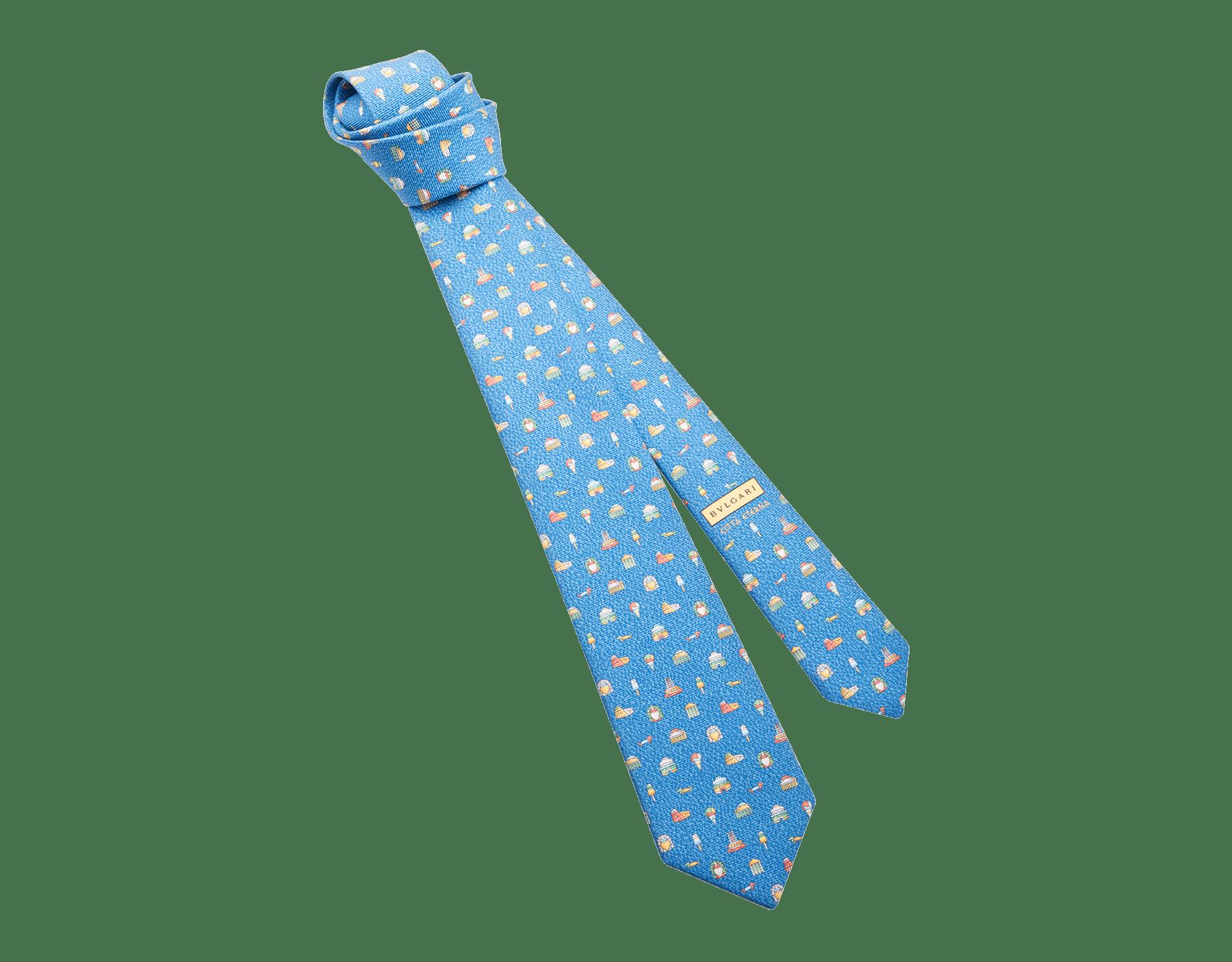 ライトブルーのチッタ エテルナ セブンフォールドネクタイ。上質なサリオーネプリントシルク製。 244352 image 1