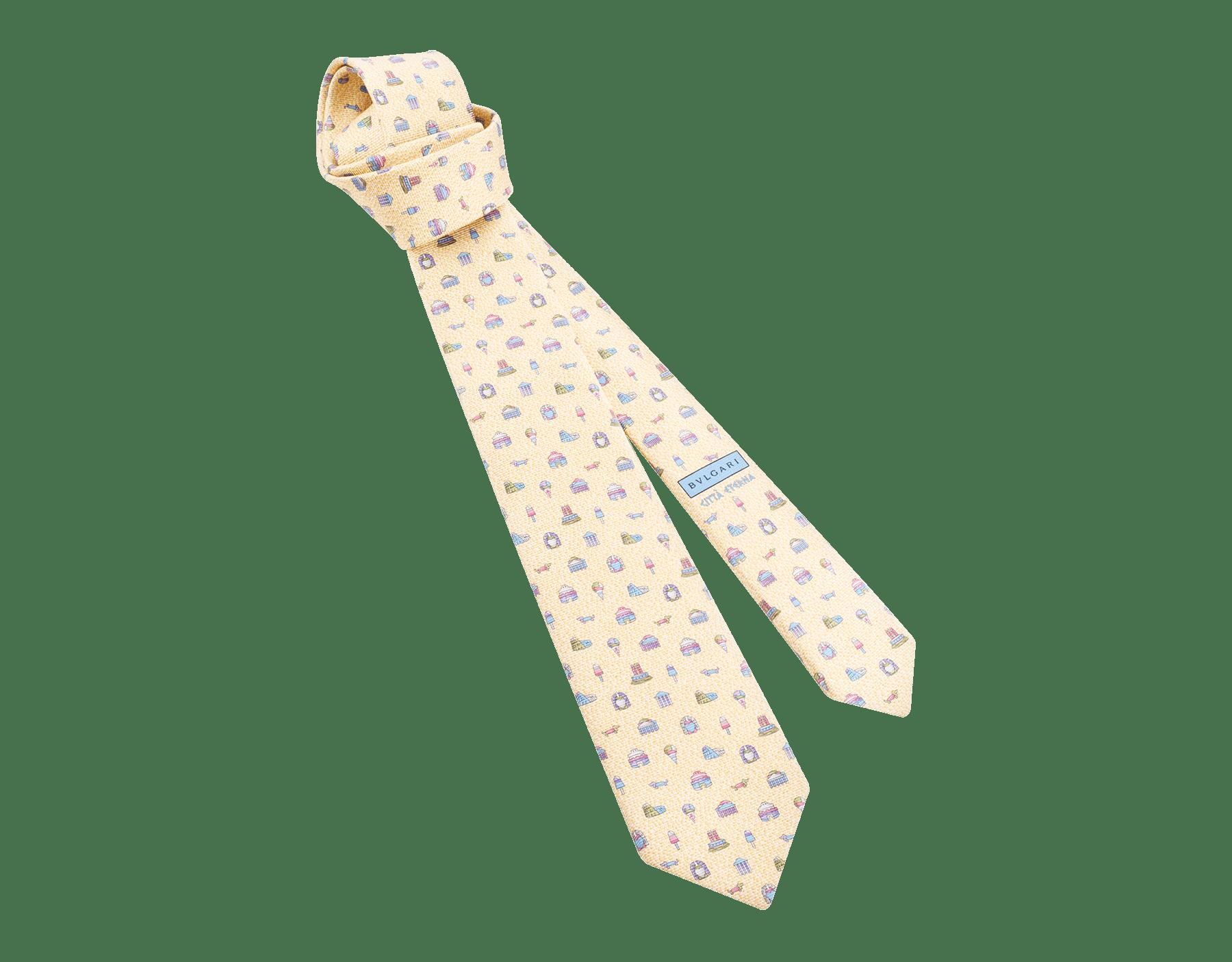 Siebenfach gefaltete rosafarbene Città Eterna Krawatte aus feiner, bedruckter Saglione-Seide. CITTAETERNAtie image 1