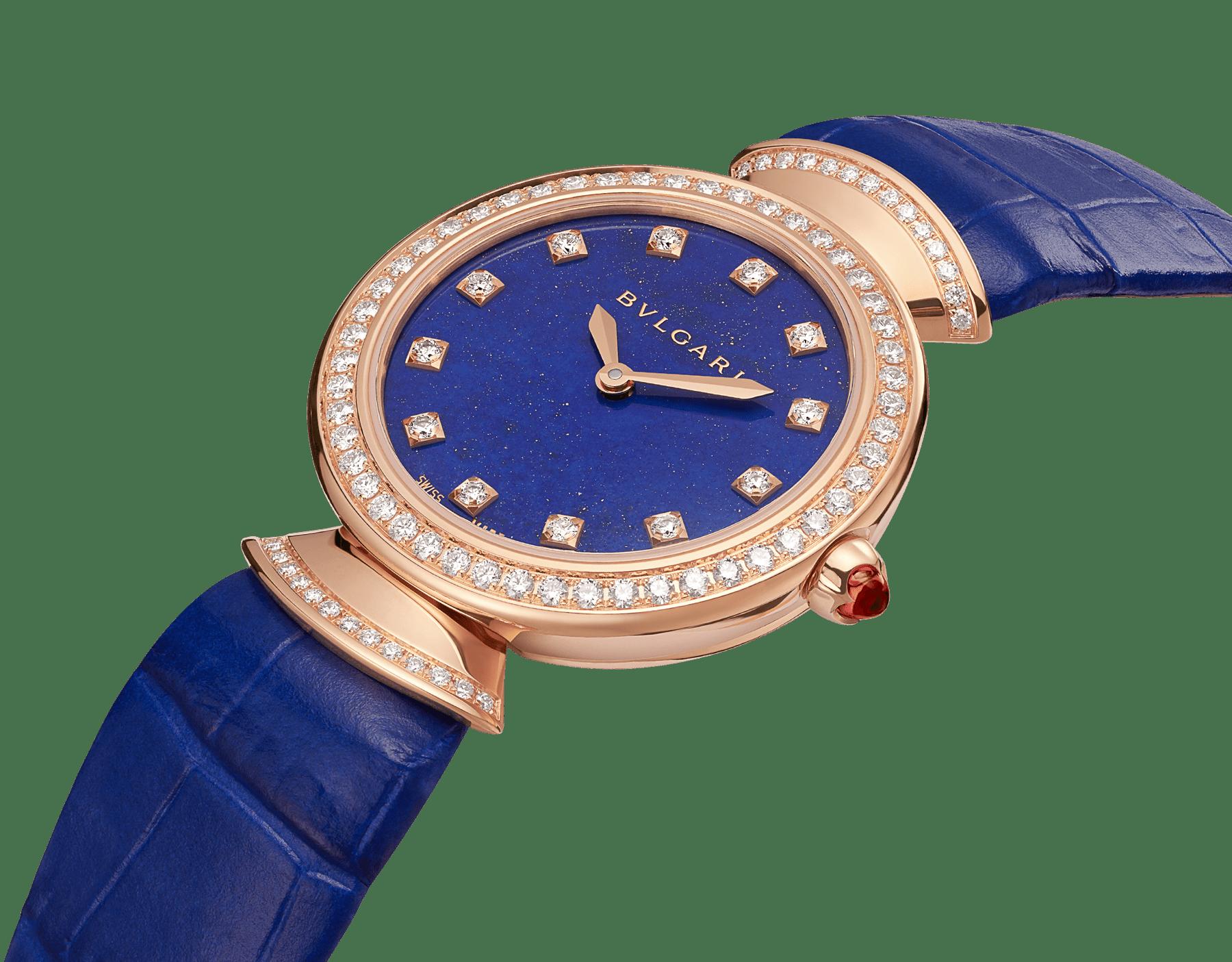 Часы DIVAS' DREAM, корпус из розового золота 18 карат, безель и крепления в форме веера из розового золота 18 карат с бриллиантами круглой огранки, циферблат из лазурита, бриллиантовые метки, ремешок из кожи аллигатора синего цвета. 103261 image 3