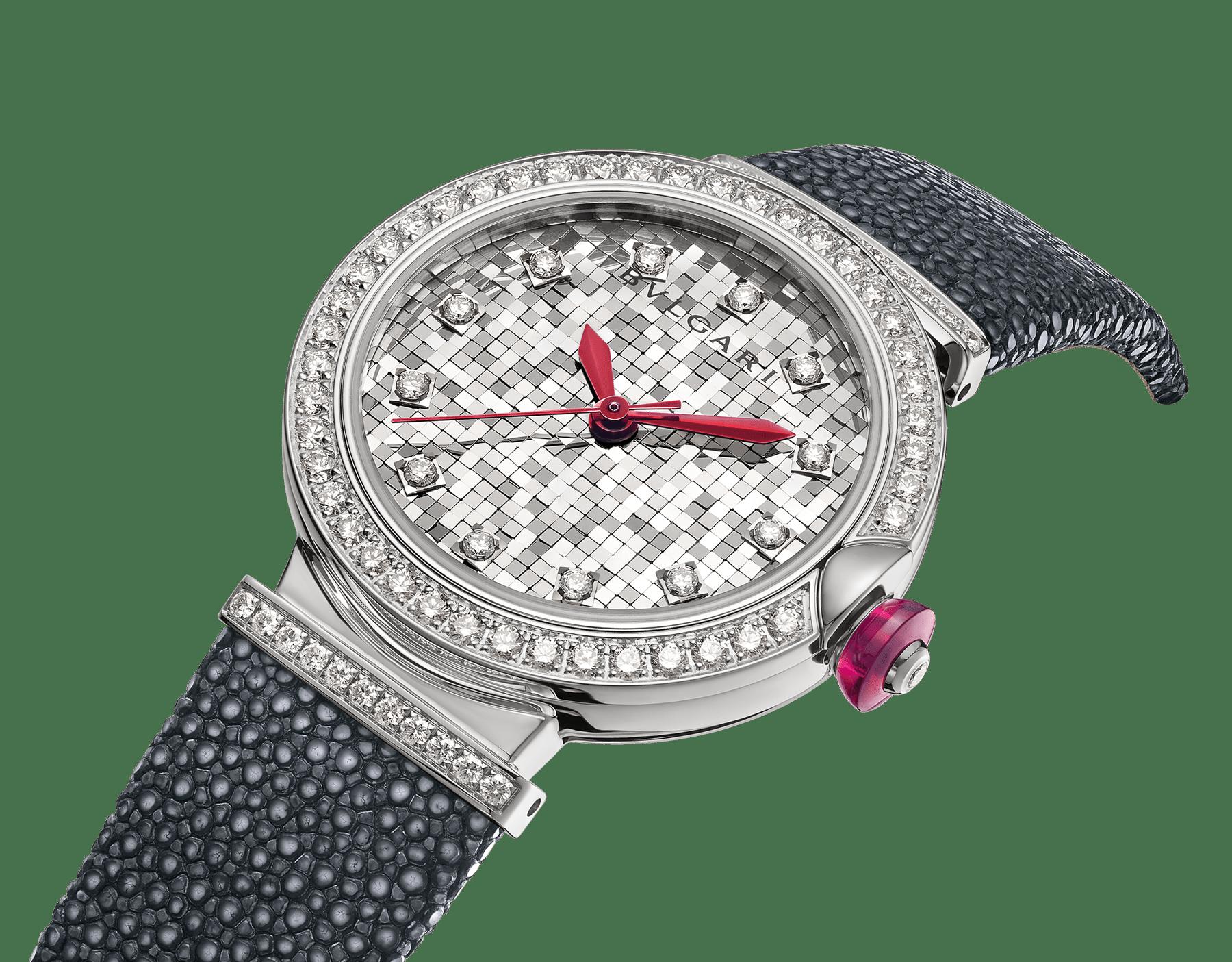 Montre LVCEA avec boîtier en or blanc 18K serti de diamants, cadran mosaïque en or blanc 18K et bracelet en galuchat. 102830 image 2