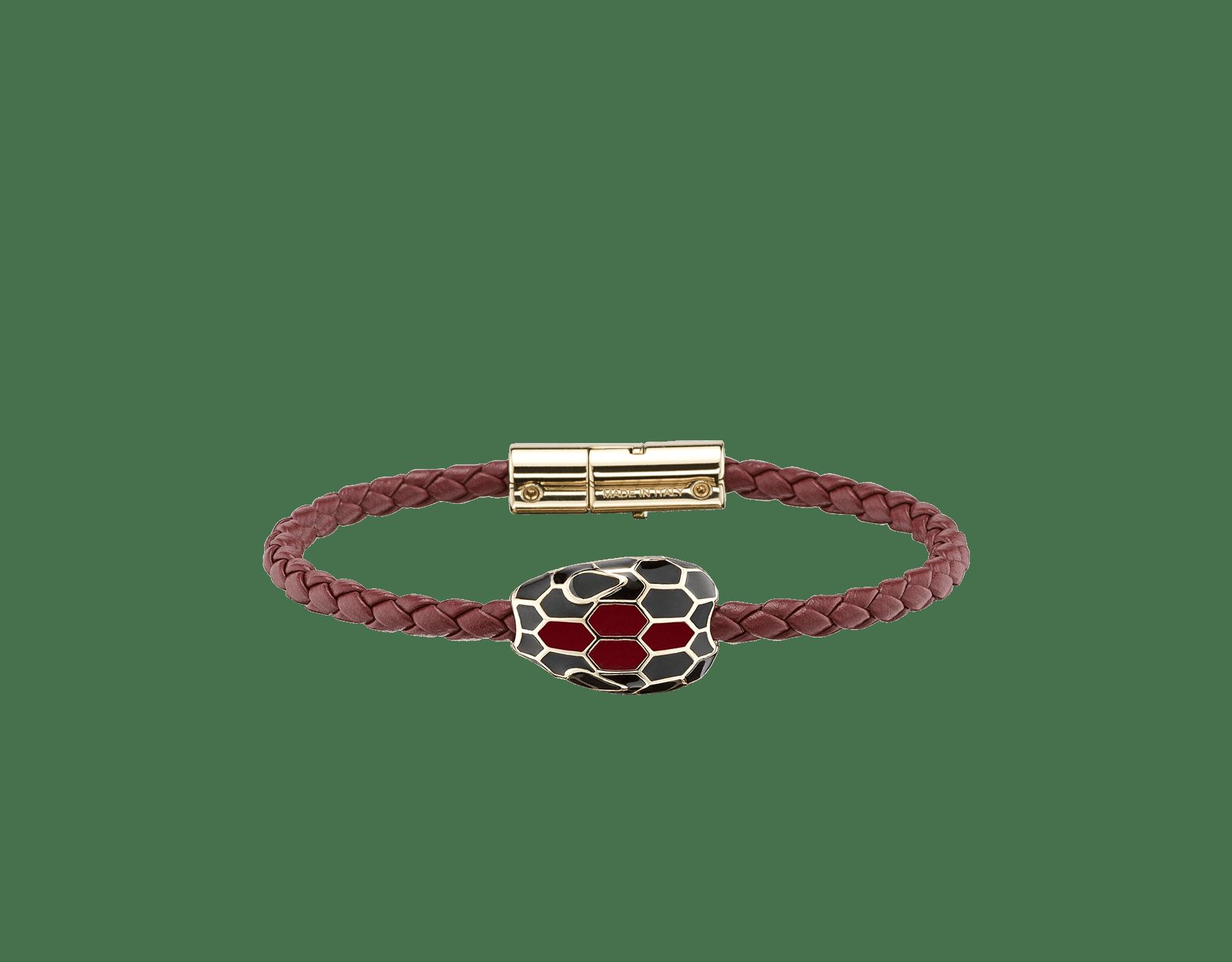 Pulsera trenzada Serpenti Forever en piel de becerro tejida color rojo rubí con un emblemático motivo de cabeza de serpiente en esmalte negro y color rojo rubí. SerpBraid-WCL-RR image 1