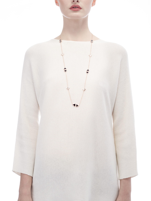 Sautoir DIVAS' DREAM en or rose 18K avec pendentif serti d'éléments en nacre et onyx. 350060 image 3