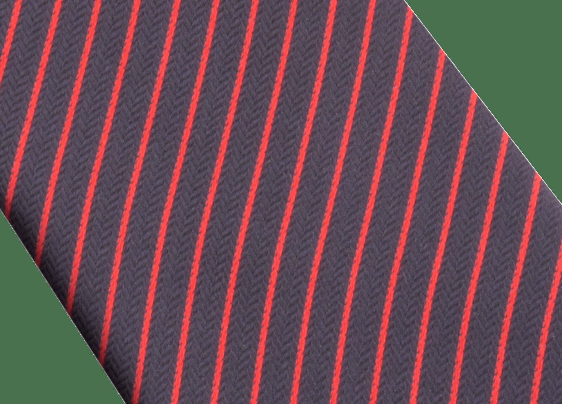 「Octo & Stripes」柄があしらわれたネイビーのセブンフォールドタイ。上質なジャガードシルク製。 244209 image 2