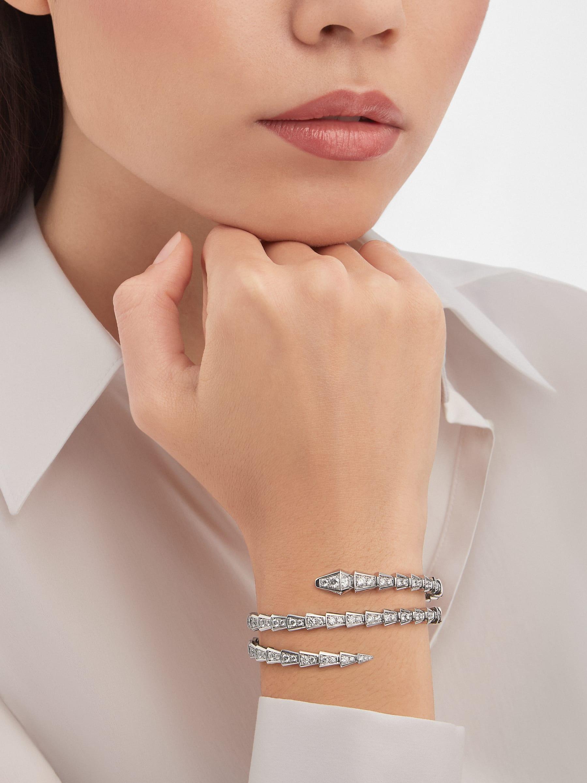 Serpenti Viper two-coil 18 kt white gold bracelet set with pavé diamonds BR858795 image 2