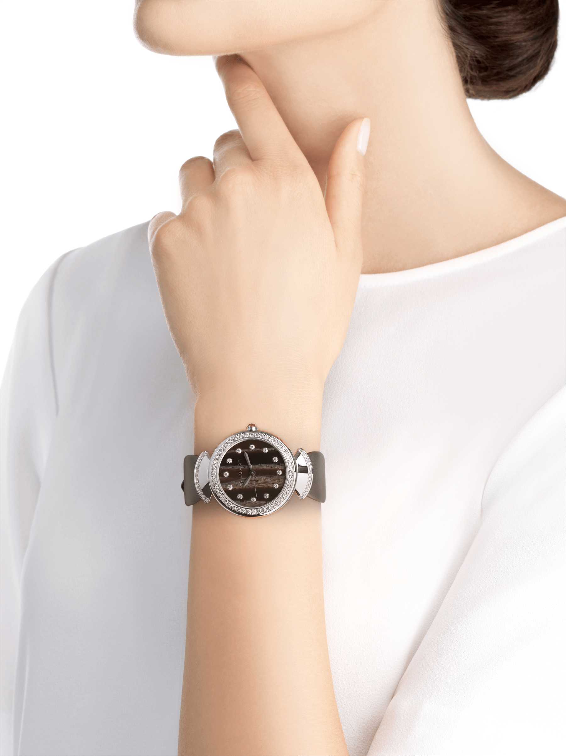 DIVAS' DREAM watch with 18 kt white gold case set with brilliant-cut diamonds, acetate dial, diamond indexes and grey satin bracelet 102576 image 5