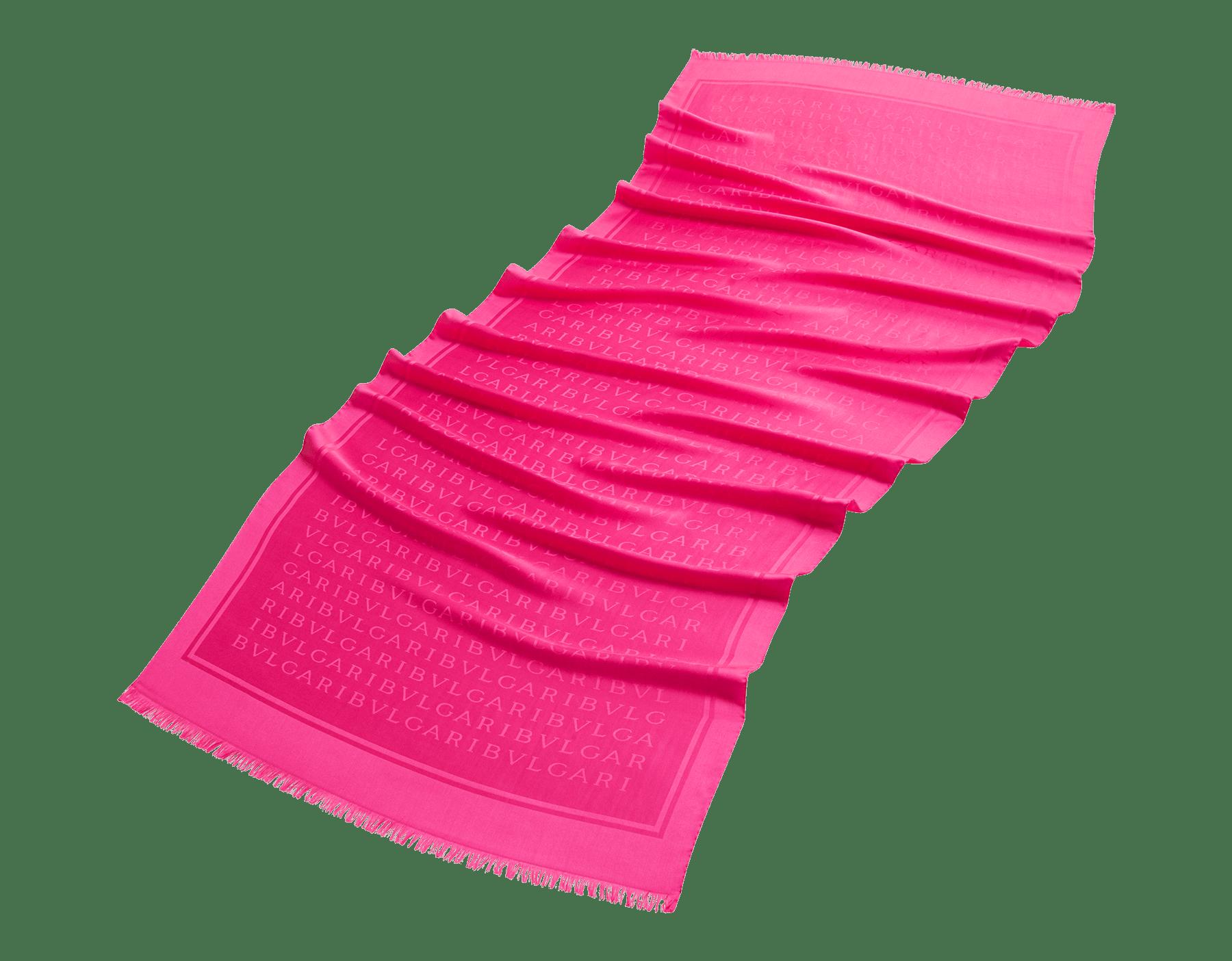 """Lettere Maxi Light"" Stola in pinkem Flash Amethyst aus feiner Seide. 244052 image 2"