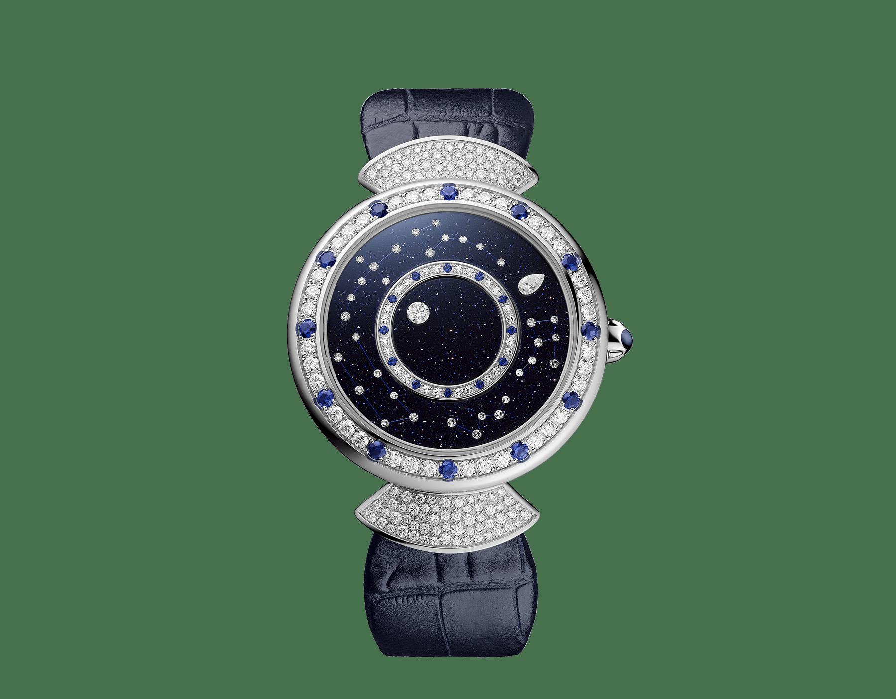 Relógio DIVAS' DREAM com movimento de manufatura mecânico, corda automática, caixa em ouro branco 18K cravejada com diamantes redondos lapidação brilhante e safiras, discos giratórios em aventurina com diamantes e constelações impressas e pulseira em couro de jacaré azul-escuro 102842 image 1