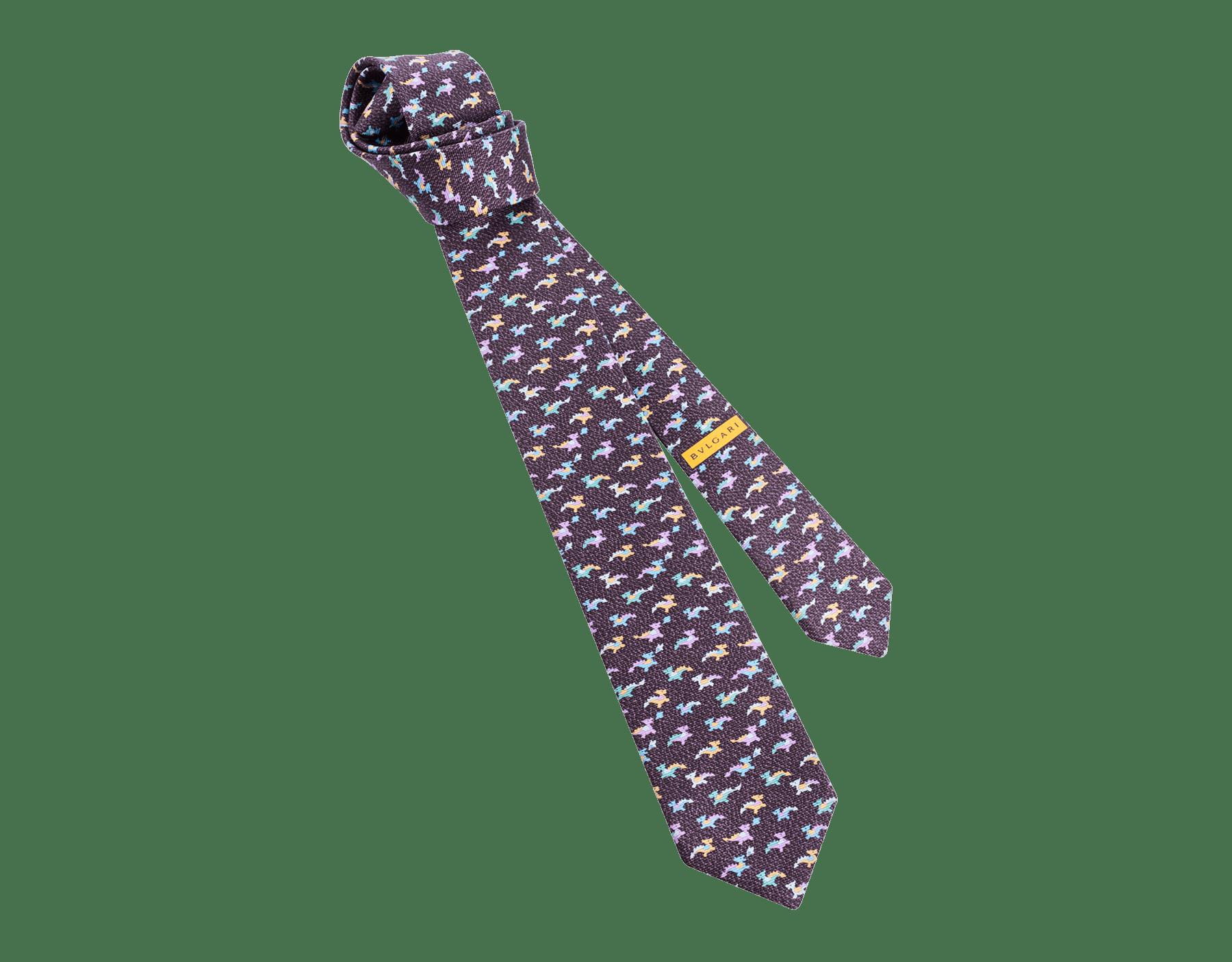 """Siebenfach gefaltete auberginefarbene Krawatte mit """"Dragonheart"""" Muster aus feiner, bedruckter Saglione-Seide. 243629 image 1"""