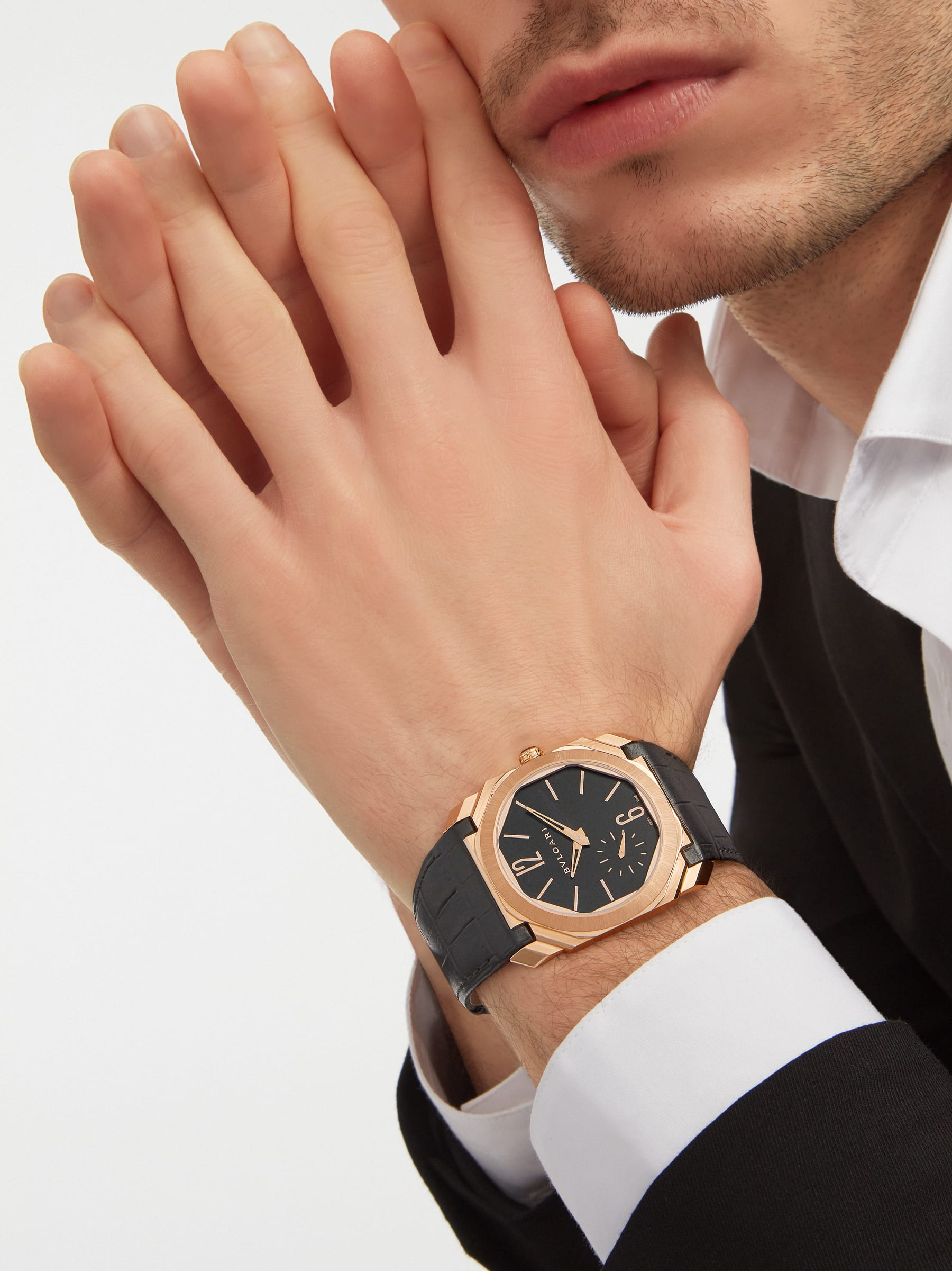 Octo Finissimo Automatic watch with mechanical manufacture movement, automatic winding, platinum microrotor, small seconds, extra-thin 18 kt satin-polished rose gold case, transparent case back, black matte dial and black alligator bracelet. Water-resistant up to 100 metres 103286 image 5