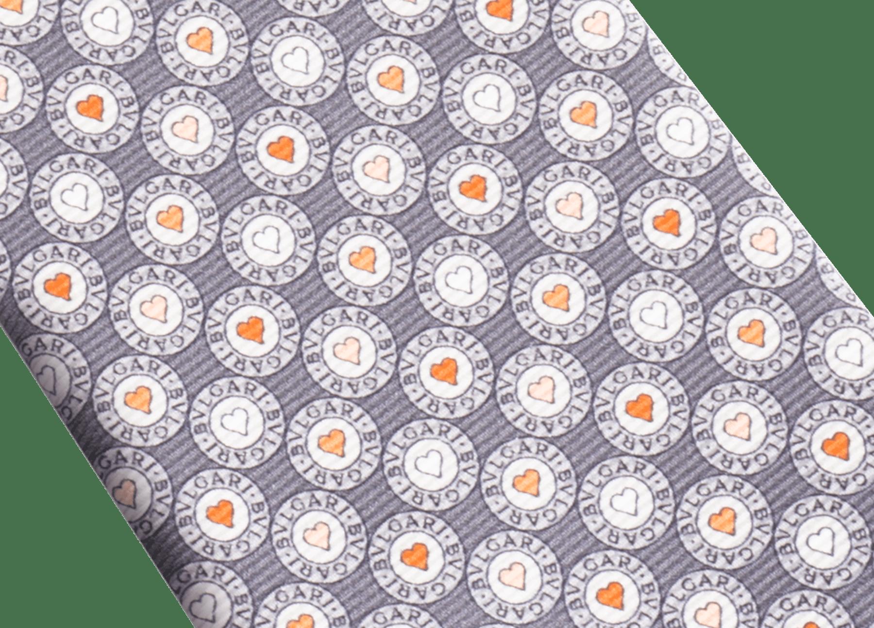 Cravate sept plis Logo BB Heart grise en fine serge de soie imprimée. 244183 image 2