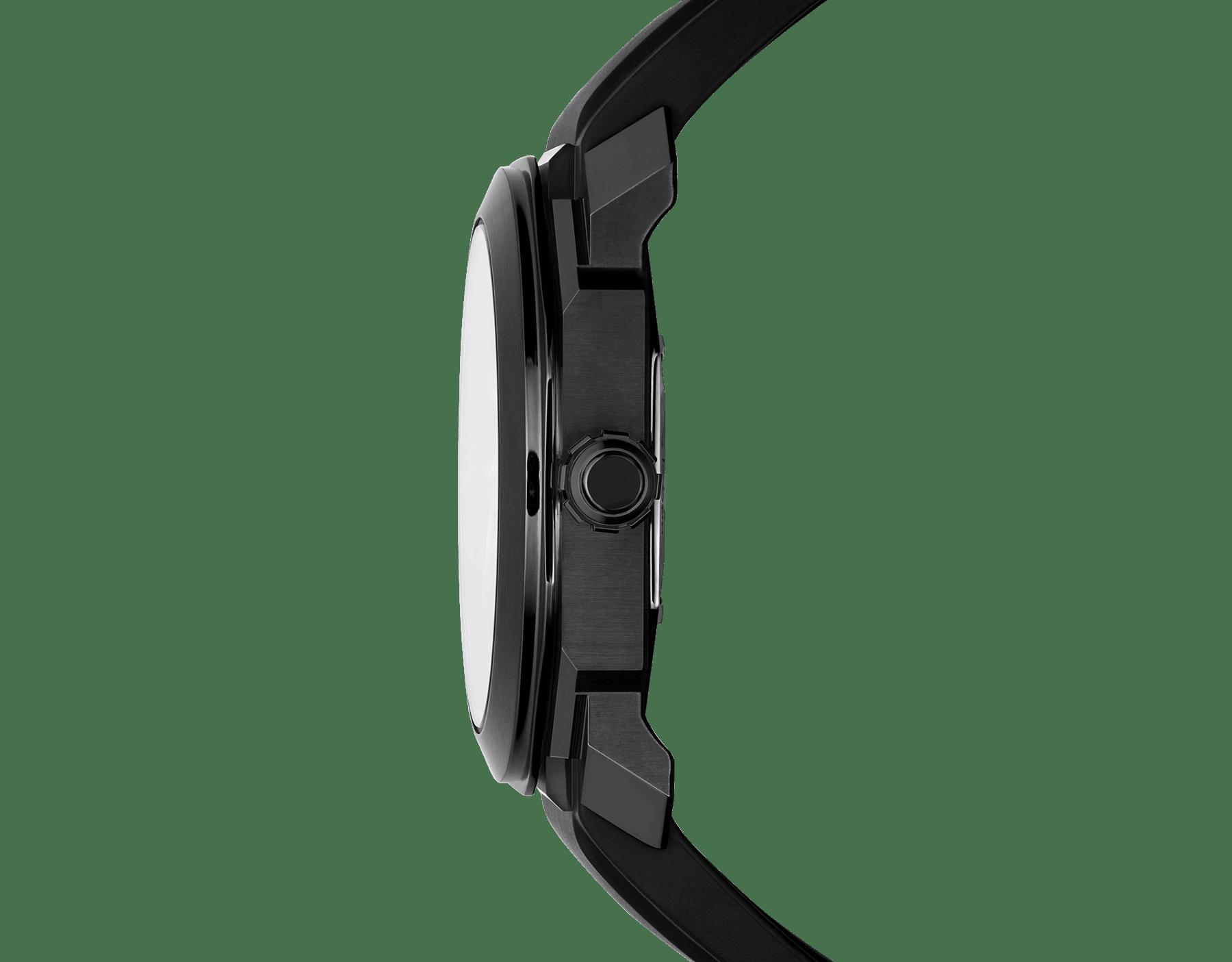 Orologio Octo con movimento meccanico di manifattura a carica automatica e datario, cassa in acciaio inossidabile con trattamento DLC (Diamond-Like Carbon) nero, quadrante laccato nero e cinturino in caucciù nero. 102738 image 3