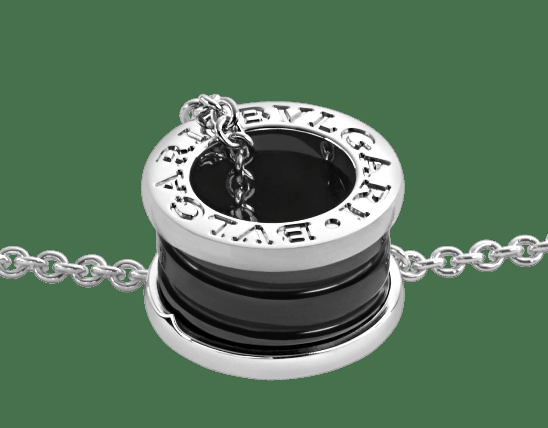 セーブ・ザ・チルドレン ネックレス。 ブラックセラミックをあしらったスターリングシルバー製ペンダントトップ(直径1.5cm、厚み1cm)およびスターリングシルバー製チェーン(38-45cm)。 349634 image 3
