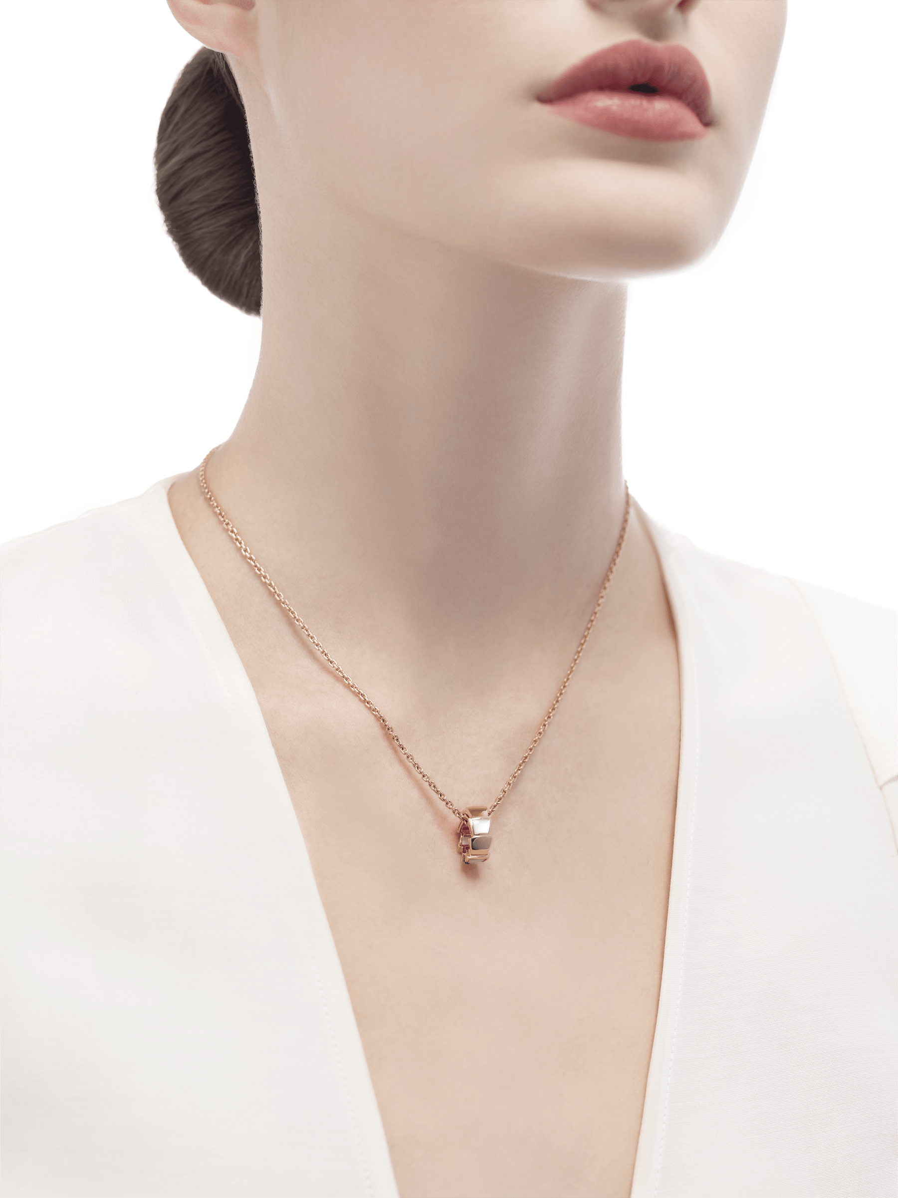 Serpenti Viper 18 kt rose gold necklace with pendant set with mother-of-pearl elements 355795 image 4