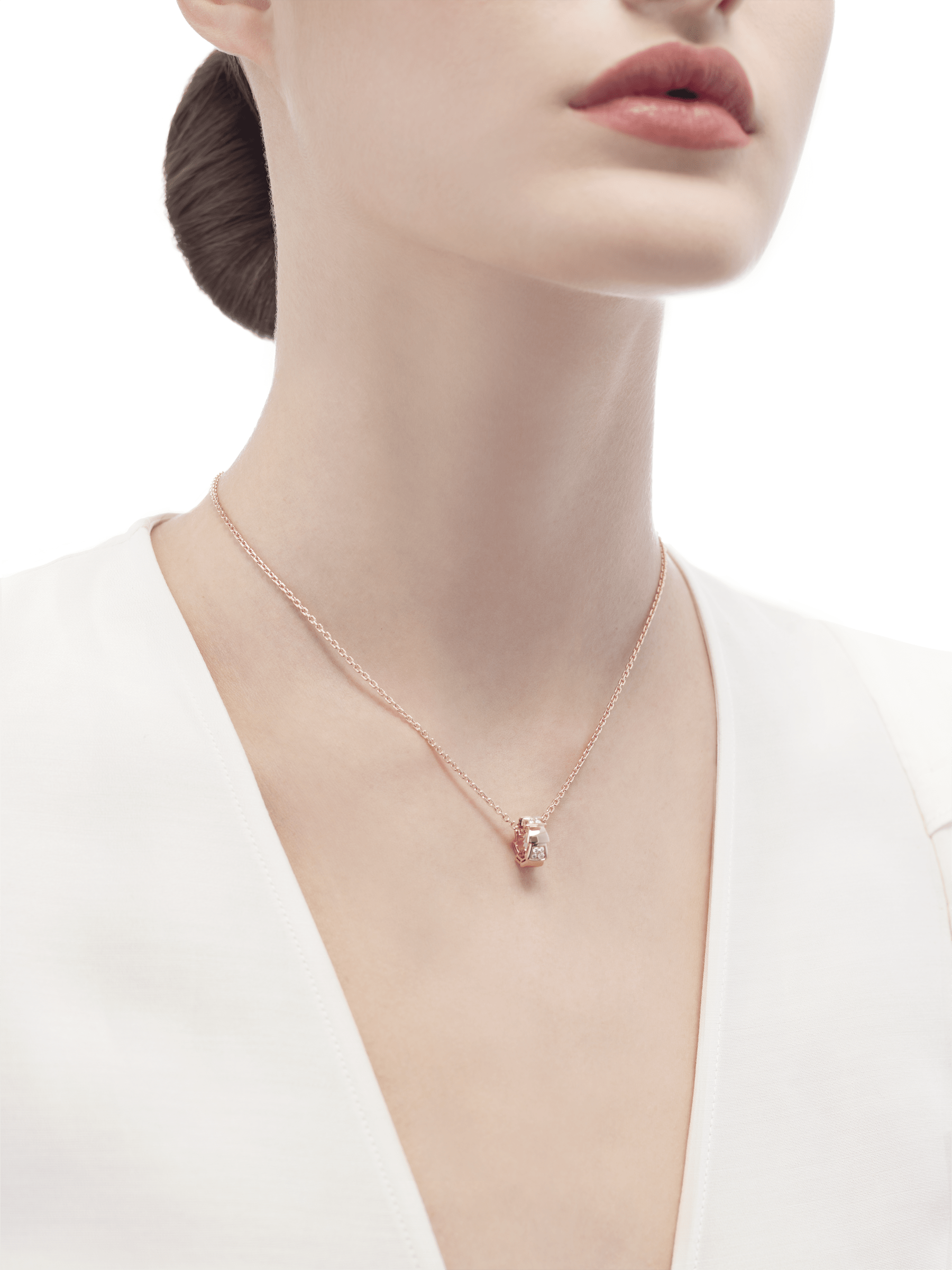 Serpenti Viper necklace with 18 kt rose gold chain and 18 kt rose gold pendant set with demi pavé diamonds. (0.21 ct) 355254 image 4
