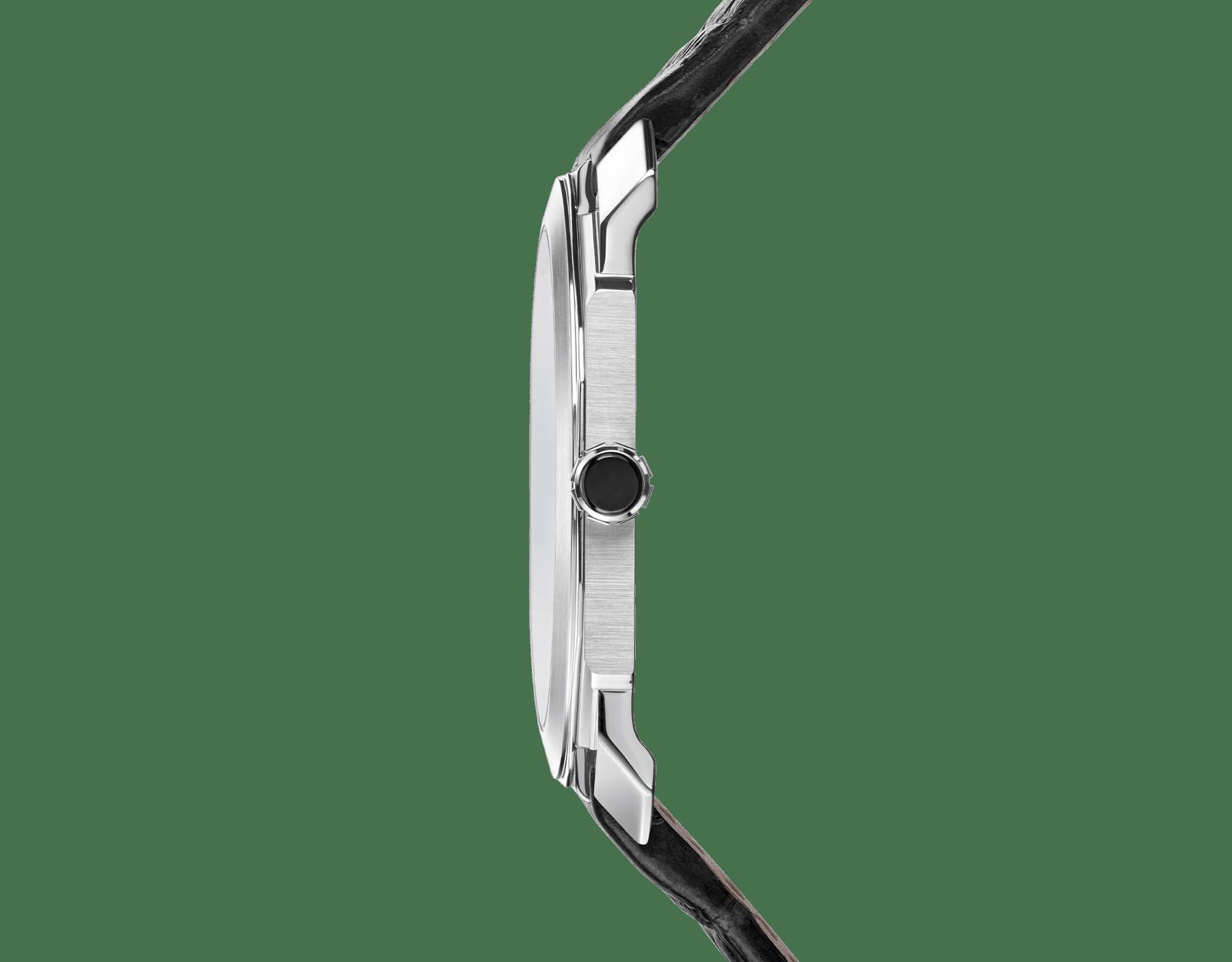 Orologio Octo Finissimo Tourbillon con movimento meccanico di manifattura ultrapiatto a carica manuale, cassa in platino, quadrante laccato nero e cinturino in alligatore nero. 102138 image 3