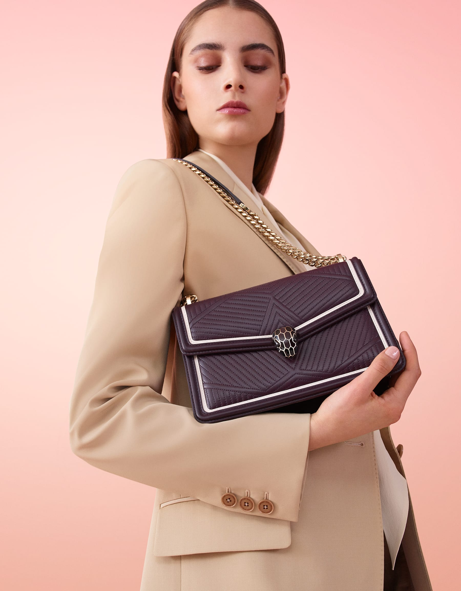 """Serpenti Diamond Blast"" shoulder bag in plum amethyst quilted nappa leather body and tone-on-tone and white calf leather frames. Iconic snakehead closure in light gold-plated brass enriched with plum amethyst and black enamel and black onyx eyes. 288635 image 4"