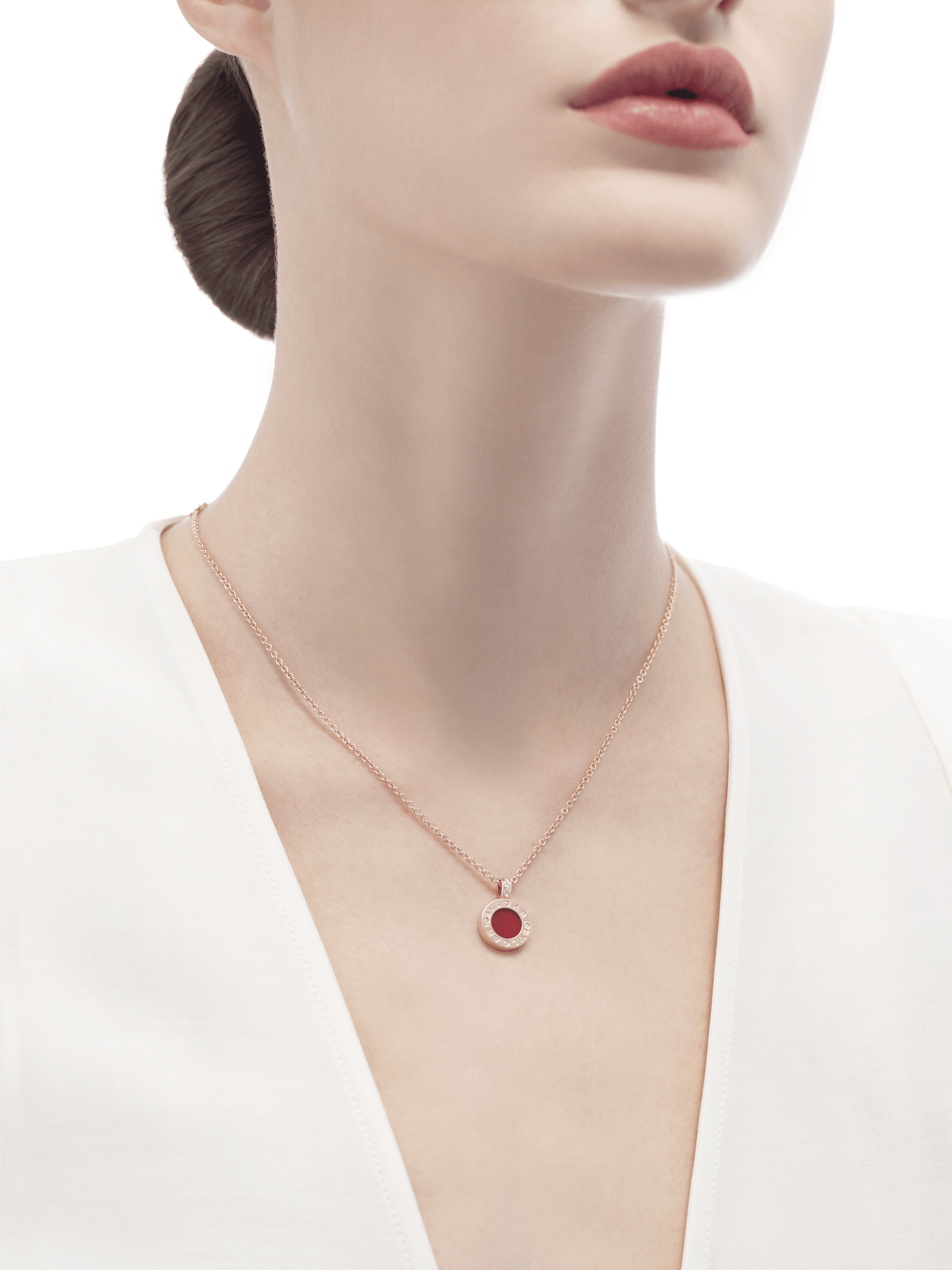 BVLGARI BVLGARI necklace with 18 kt rose gold chain and pendant, set with carnelian and mother-of-pearl discs and with details in pavé diamonds. 352883 image 5