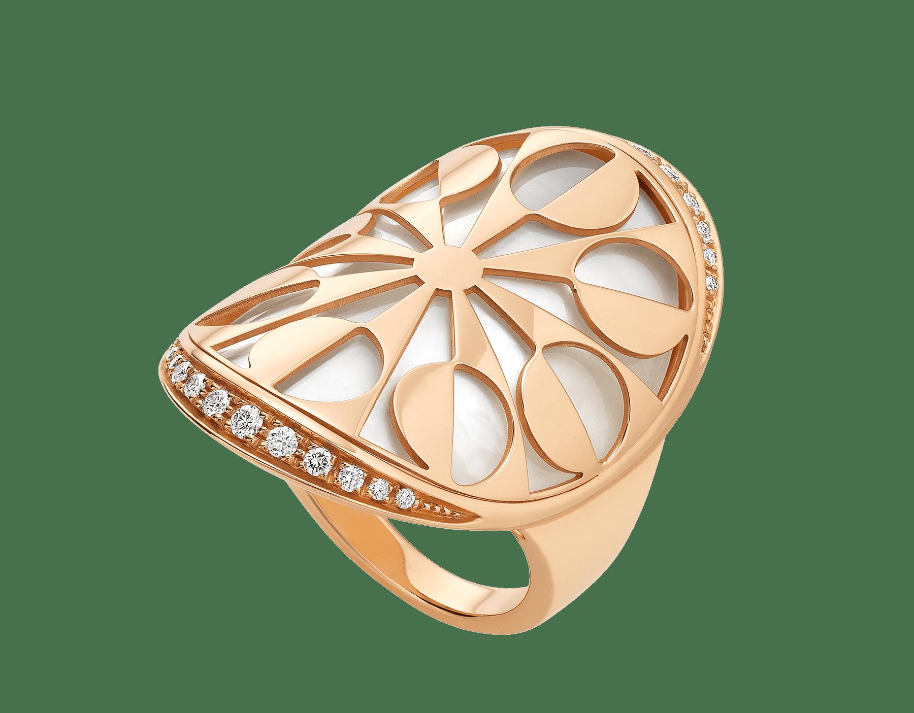 Anillo Intarsio en oro rosa de 18 qt con elementos de madreperla y pavé de diamantes. AN855768 image 1