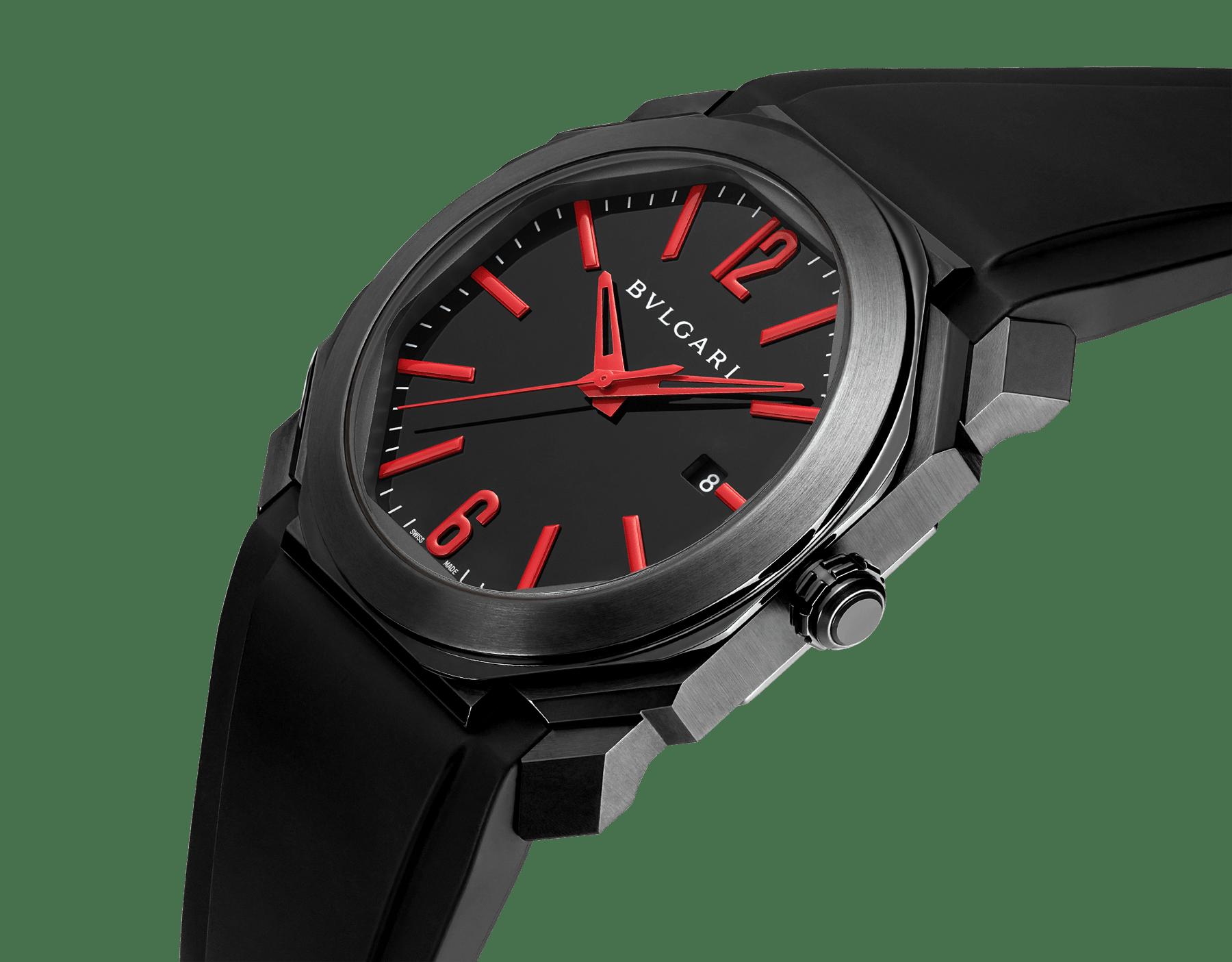 Relógio Octo com movimento de manufatura mecânico, corda automática e data, caixa em aço inoxidável com tratamento em carbono tipo diamante (DLC) preto, mostrador preto laqueado e pulseira em borracha preta. 102738 image 2