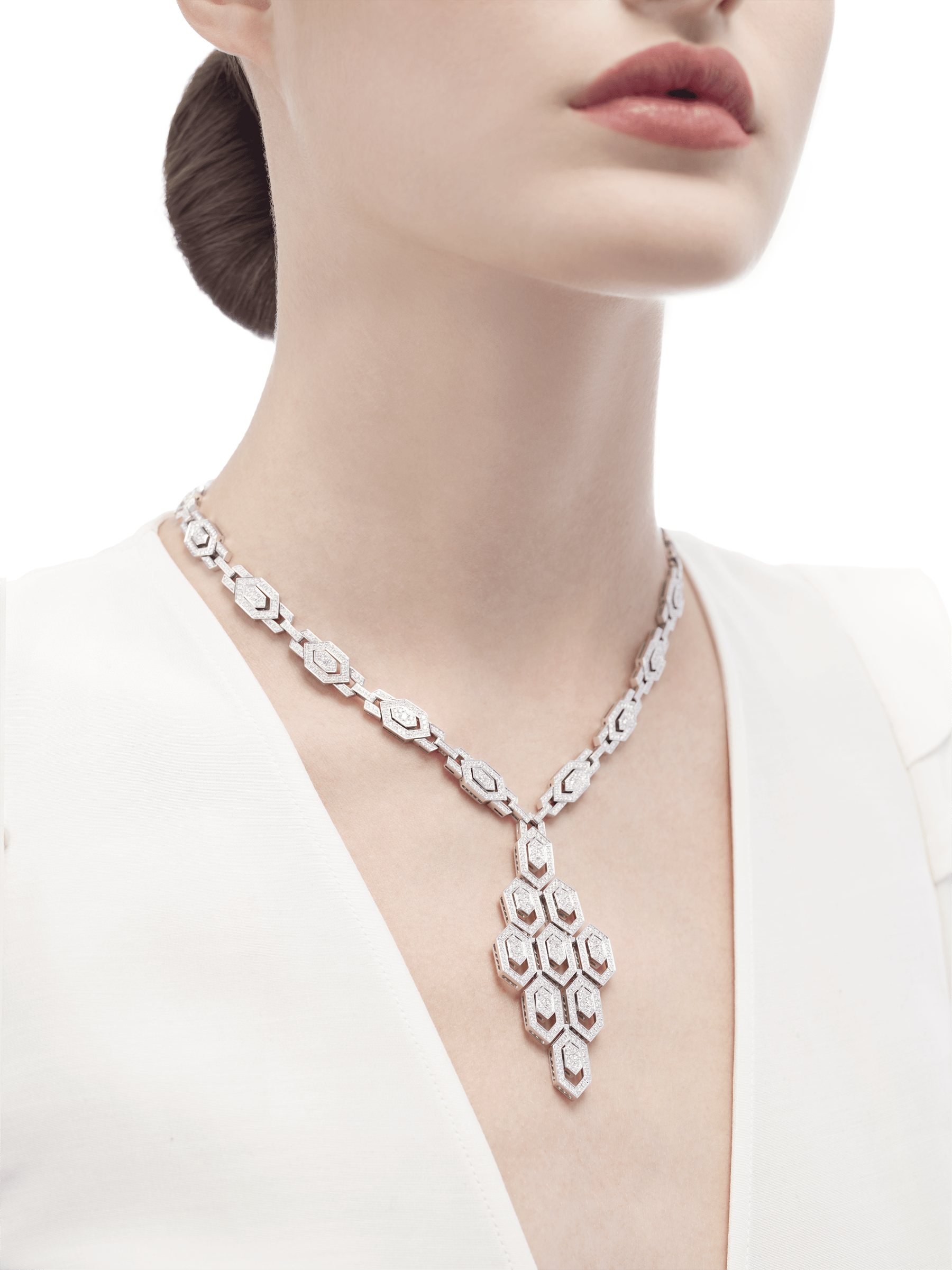 Serpenti Necklace in 18 kt white gold and pavè diamonds (8.66 ct) 353843 image 2