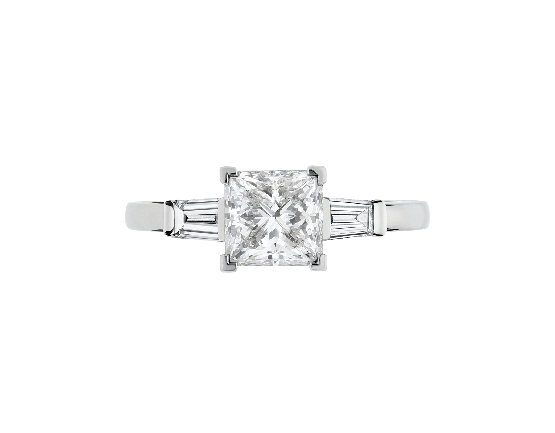 Griffe solitaire ring in platinum with princess cut diamond and two side diamonds. Available in 1 ct. A classic setting that allows the beauty and the pureness of the solitaire diamond to assert itself. 338560 image 4