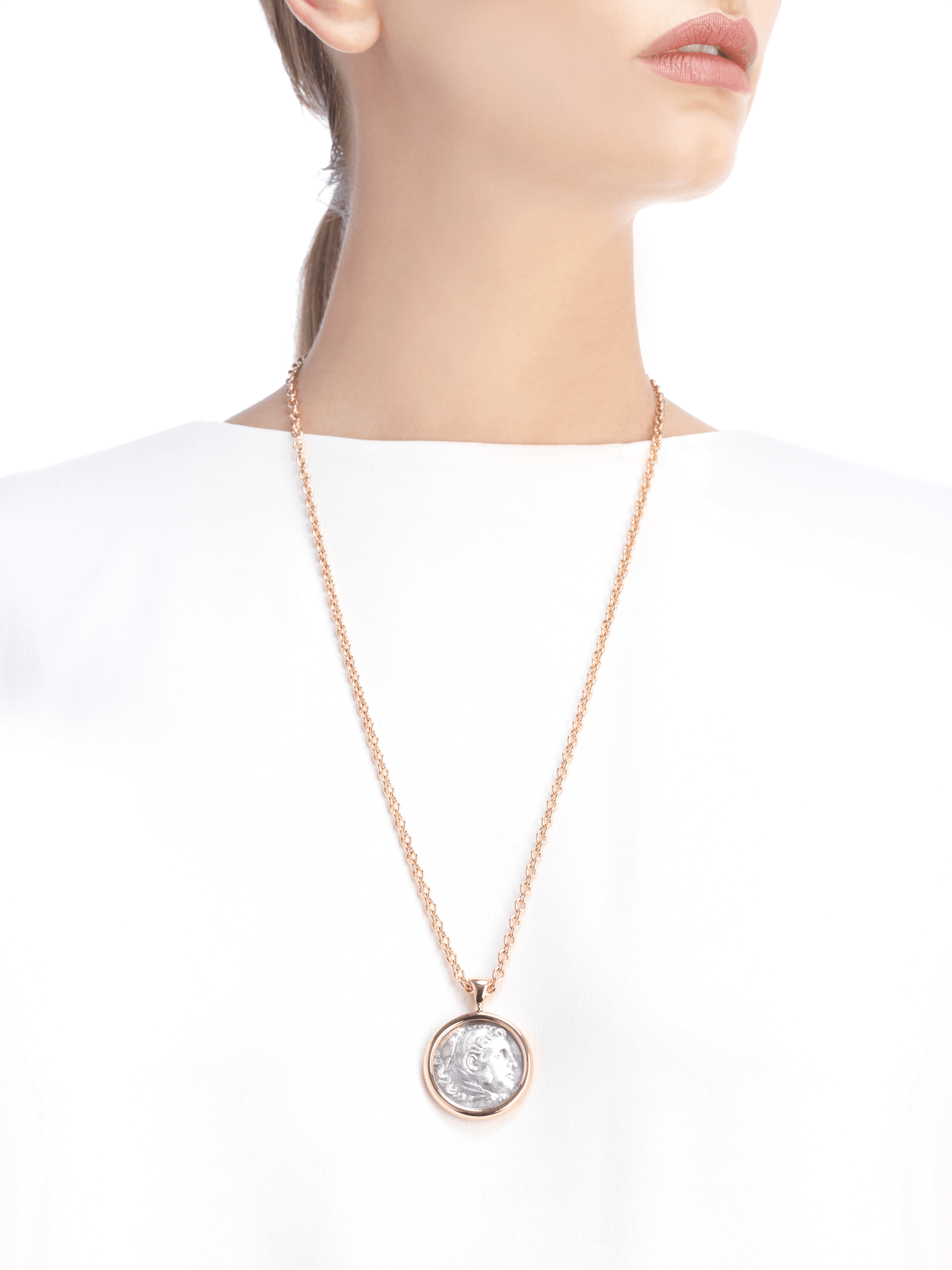 Monete necklace with 18 kt rose gold chain and 18 kt rose gold pendant set with an antique coin 347707 image 5