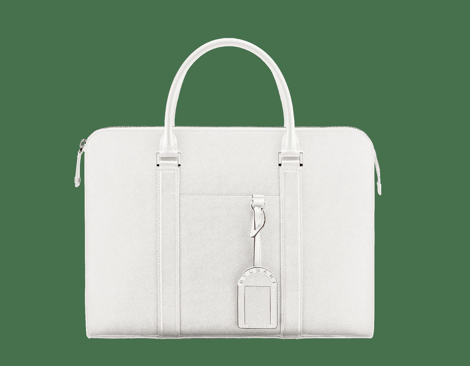 這款 BVLGARI BVLGARI 拉鍊公事包採用瑪瑙白珠面小牛皮,襯裡為黑色 Nappa 軟面皮,搭配鍍鈀黃銅配飾。 288477 image 1
