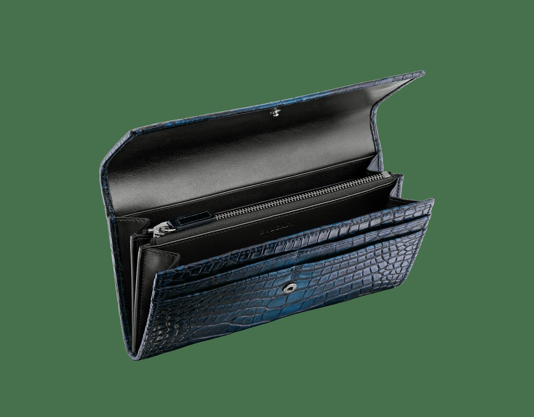 叢林綠鱷魚皮及黑色光滑小牛皮男用手挽皮夾,Bulgari-Bulgari 深色鍍釕黃銅配飾。 BBM-WLT-POC-10C-HE image 2