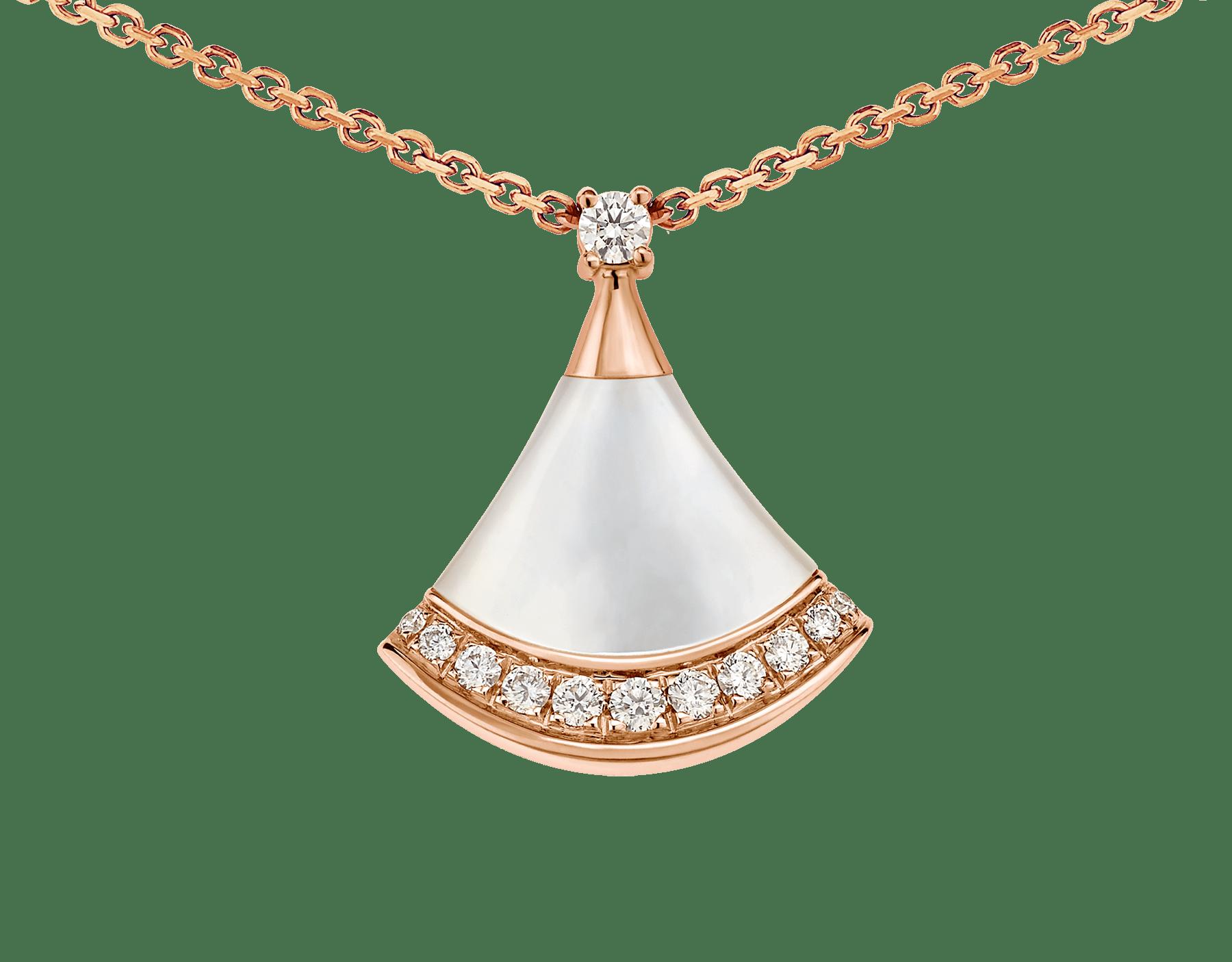 DIVAS' DREAM 18K 玫瑰金項鍊,鑲飾 1 顆鑽石(0.03 克拉)、珍珠母貝和密鑲鑽石(0.10 克拉)。 358365 image 3