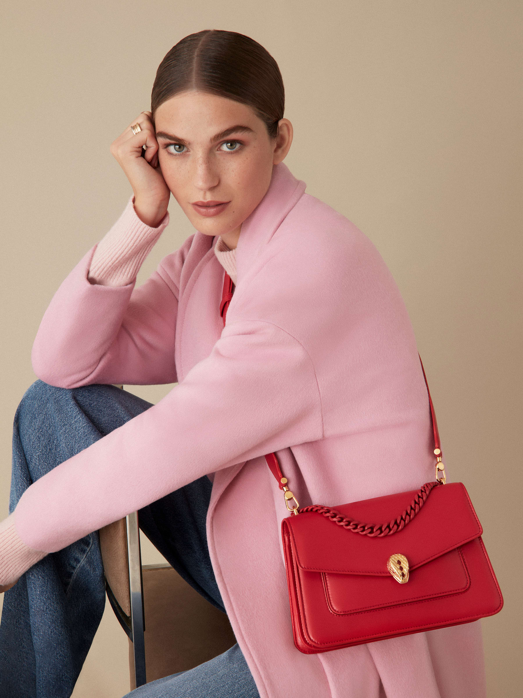 """Serpenti Forever"" maxi chain crossbody bag in Amaranth Garnet red nappa leather, with Pink Spinel fuchsia nappa leather inner lining. New Serpenti head closure in gold-plated brass, finished with small red carnelian scales in the middle and red enamel eyes. 1138-MCN image 7"