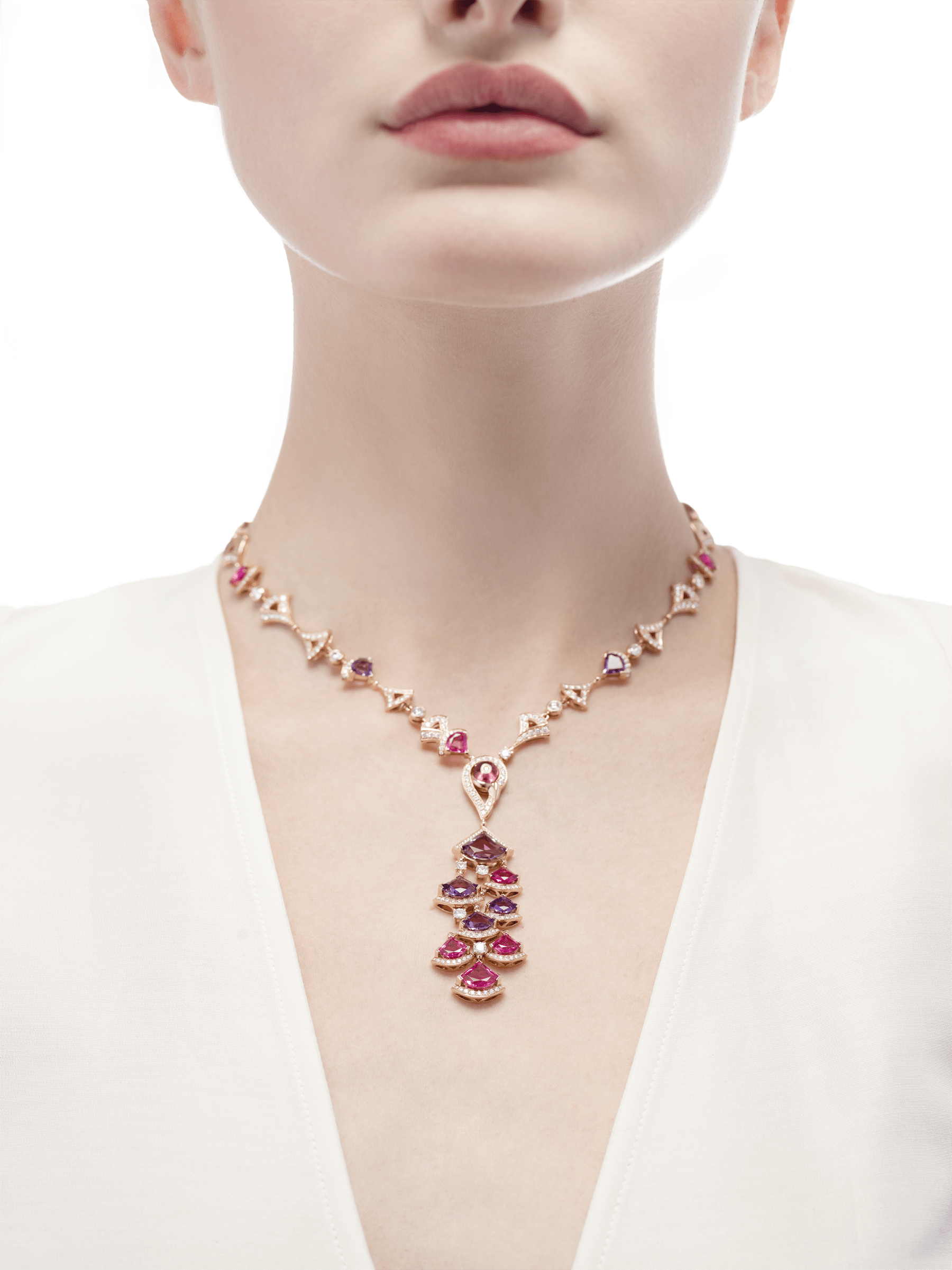 DIVAS' DREAM necklace in 18 kt rose gold set with pink rubellite, amethysts, pink tourmaline (1.50 ct) and pavé diamonds. 354075 image 2
